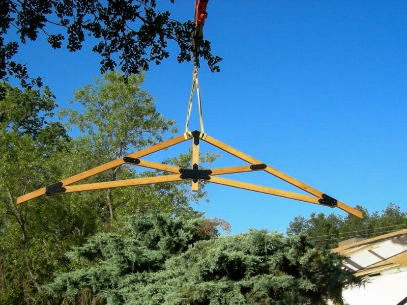 oregon roof truss delivery.jpg