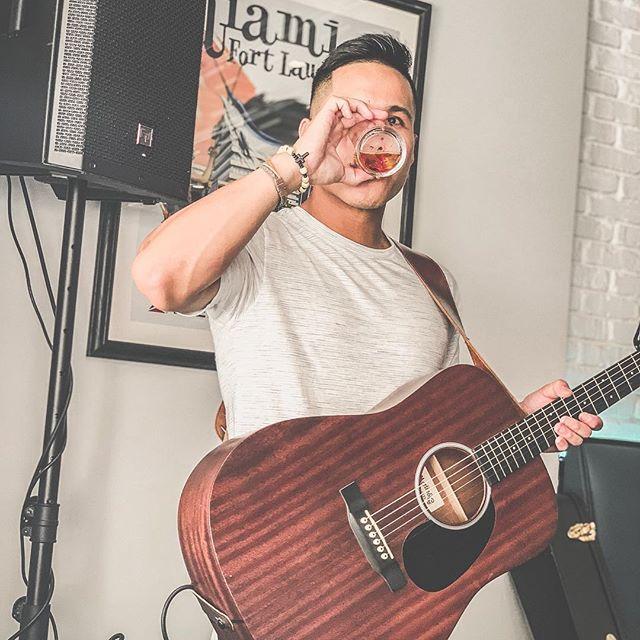 🥃 - - - - #whiskey #acoustic #guitar #music #musician #bar #livemusic #jameson #tennesseewhiskey #irishwhiskey #florida #ftlauderdale #performer #singer #singersongwriter #photo #camera #martinguitar