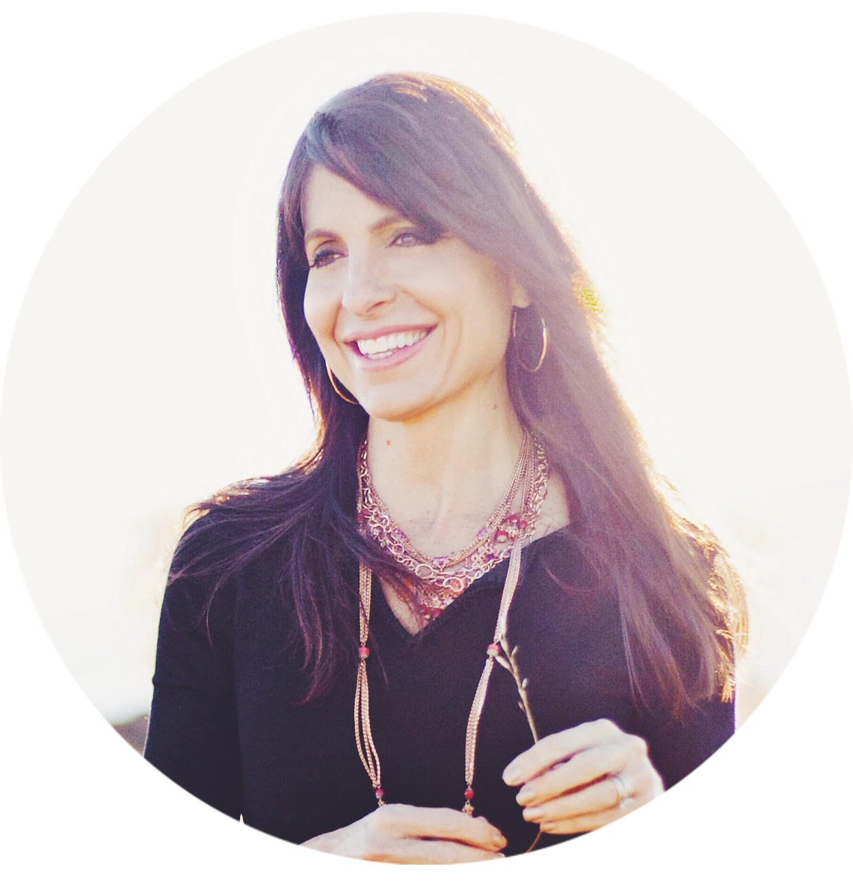 <b>Lisa Bevere</b><br>Bestselling Author & Speaker