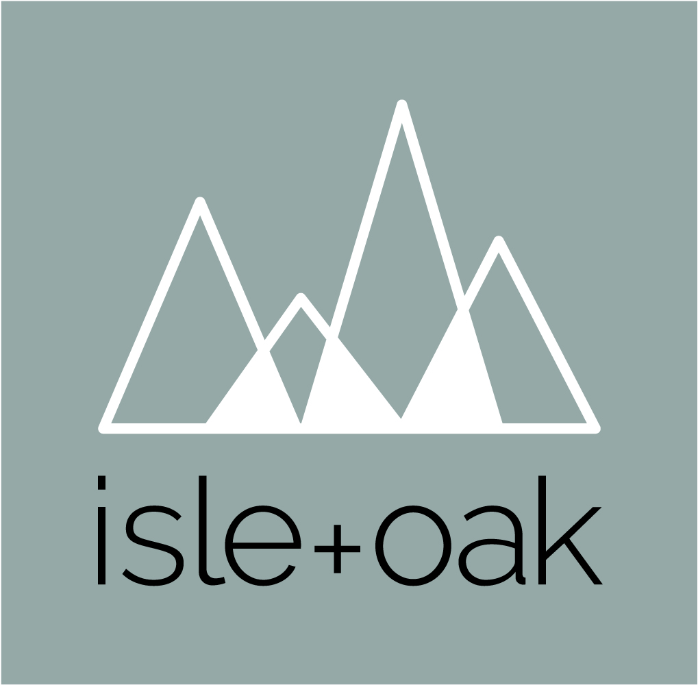 ISLE+OAK-logo_REVERSE-RGB.jpg