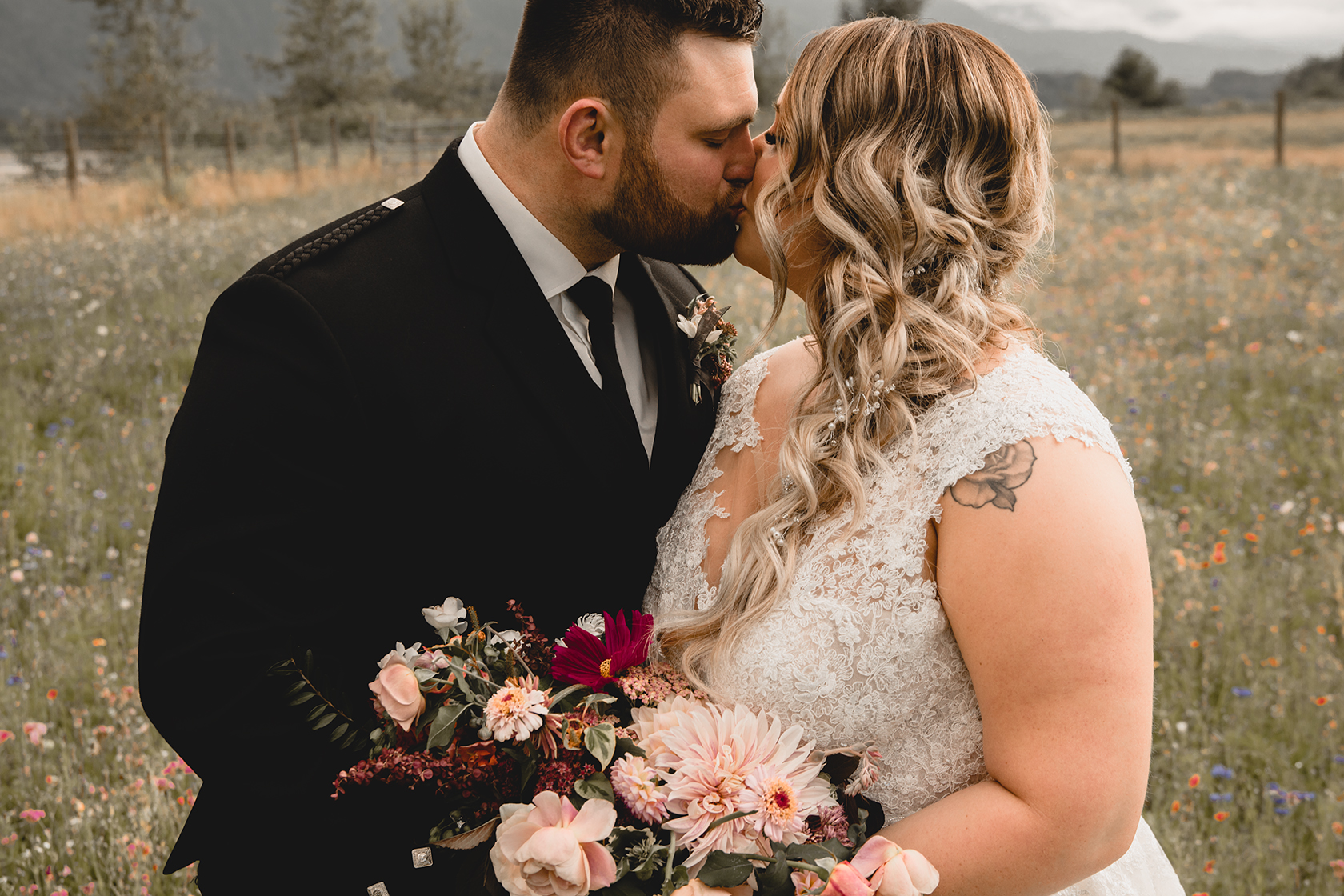 Fraser River Lodge Wedding Photographer