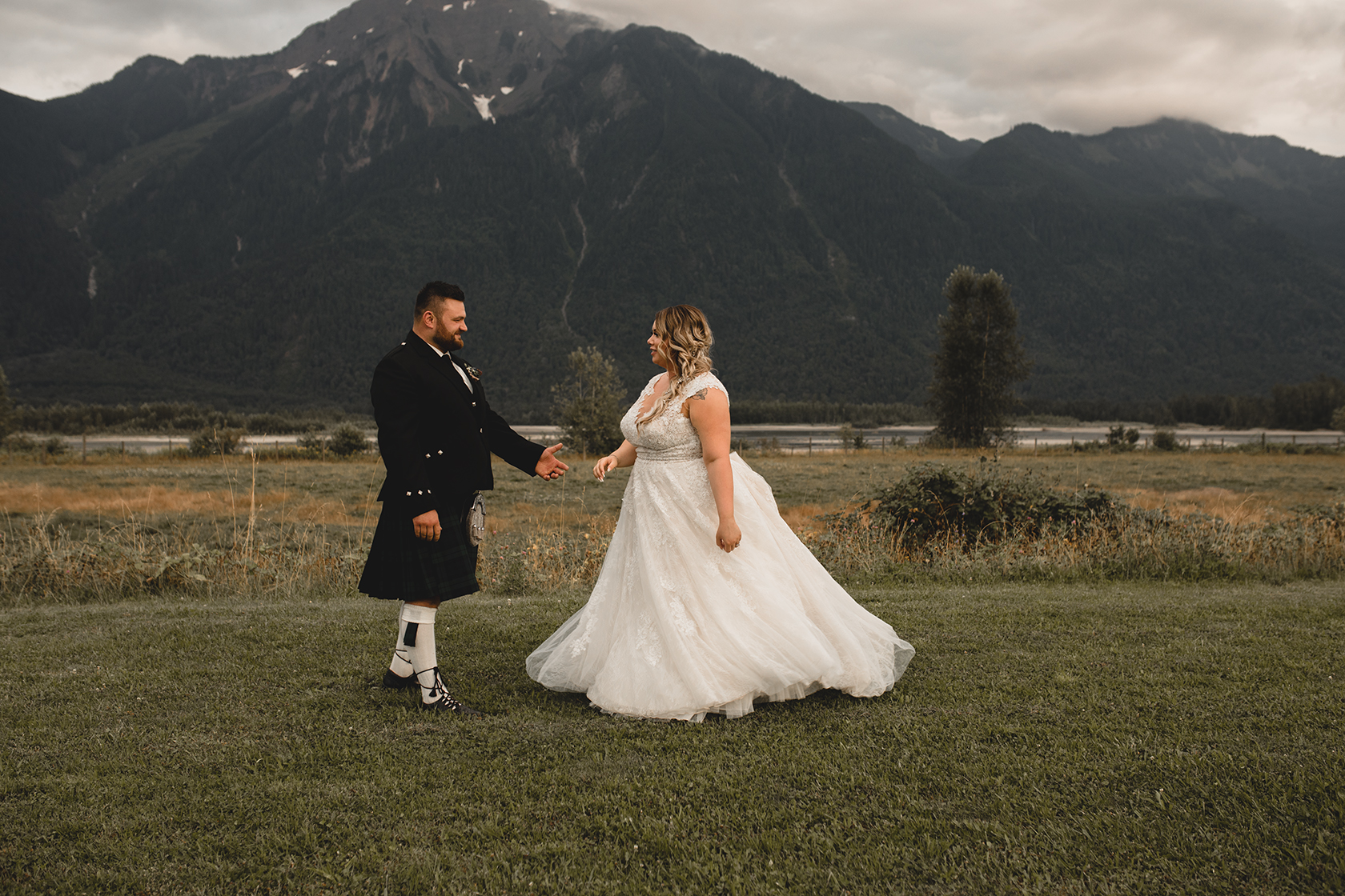 Fraser River Lodge Wedding