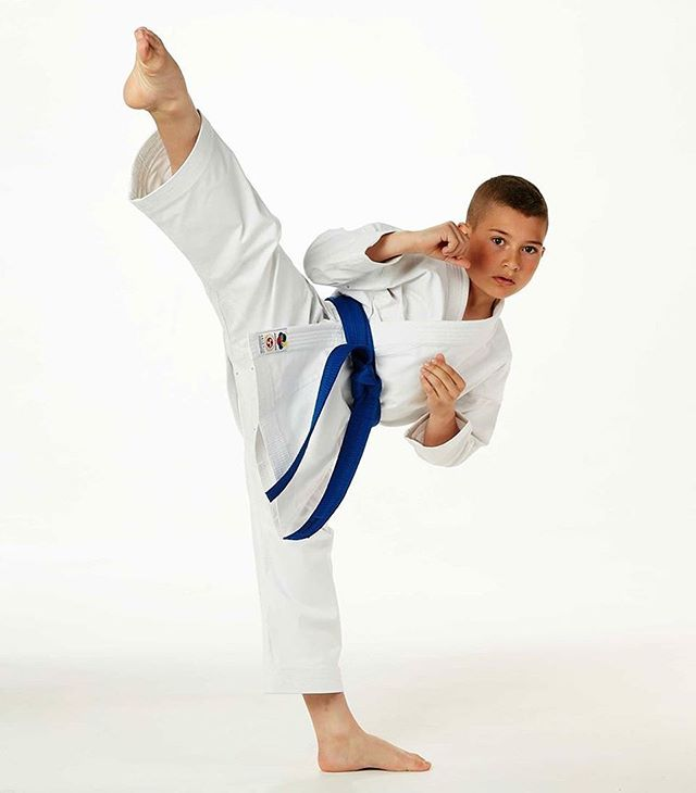 The Seishin kids Gi has arrived in Australia! 👊�⚡�⚡�The same fit and fabric as our adult model, but with an easy elastic waist! Check them out on our website! (Link in bio) 💪�