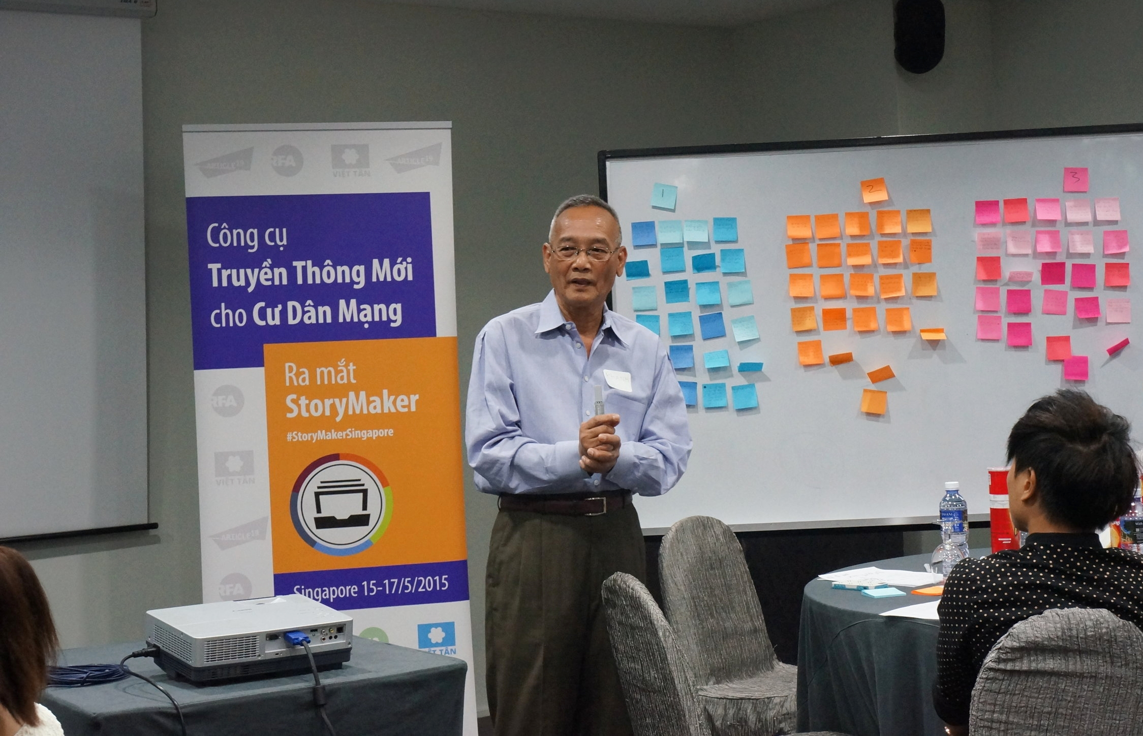 Khanh Nguyễn, a trainer from Radio Free Asia, says citizen journalists are essential to RFA's reporting. (Photo: Loa)