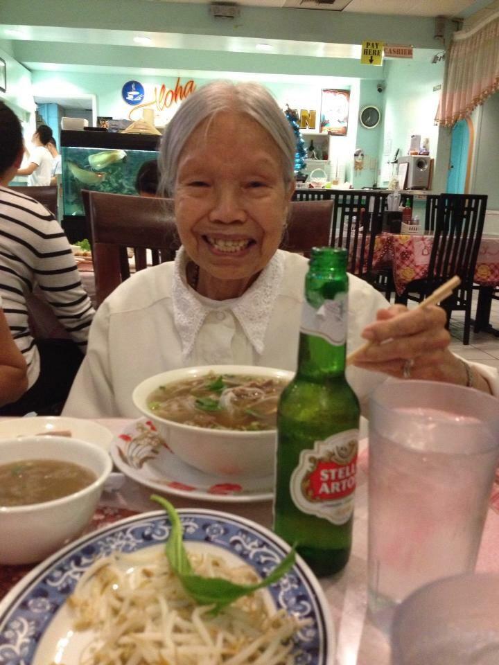 Đoàn Thị Loan, 99-year-old featured lefty (Photo: Loa)
