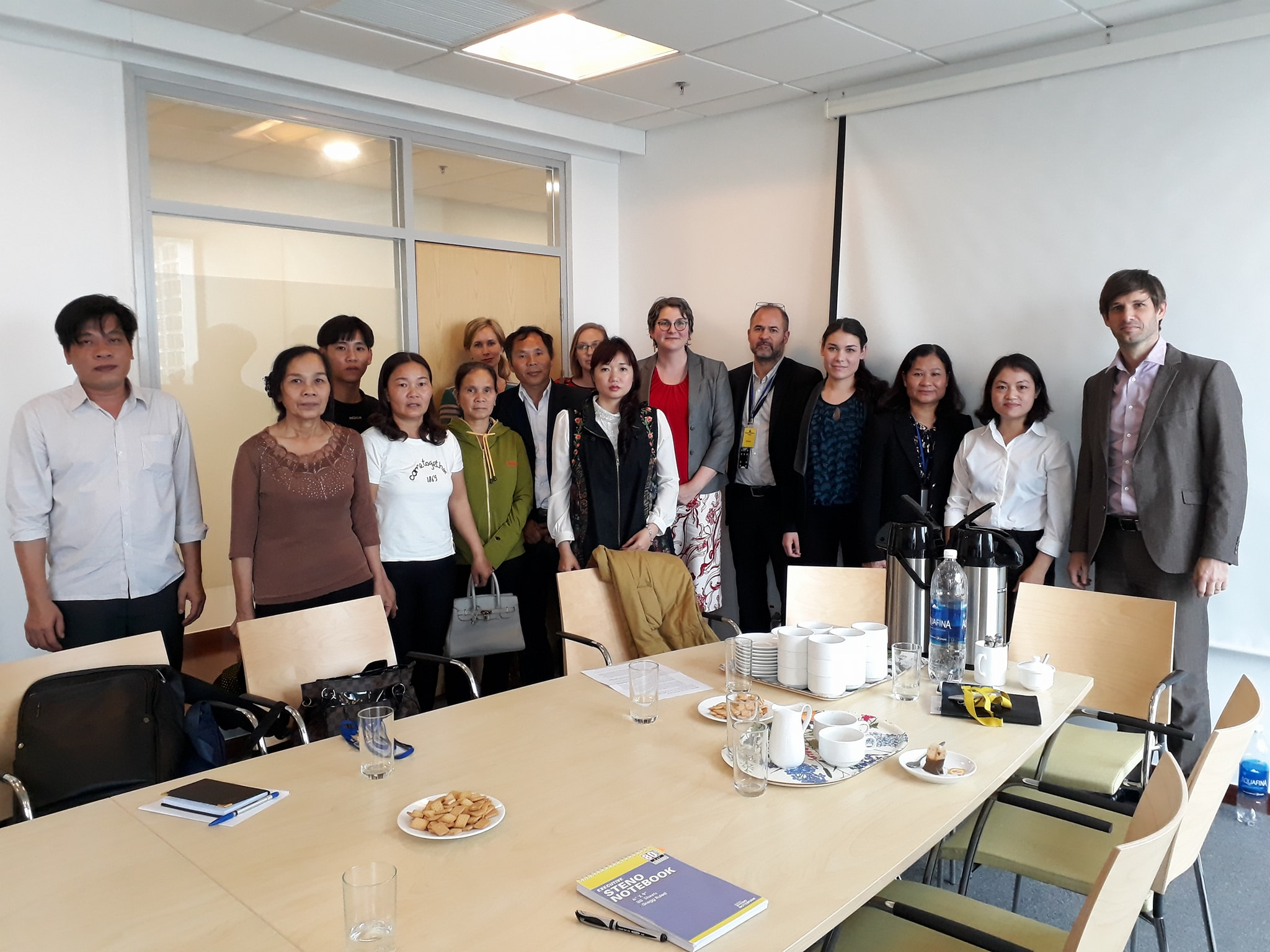 Political officers from the US, UK, French, German, Swedish, Norwegian, and Australian embassies with family members. (Photo: Facebook  Huyen Trang )