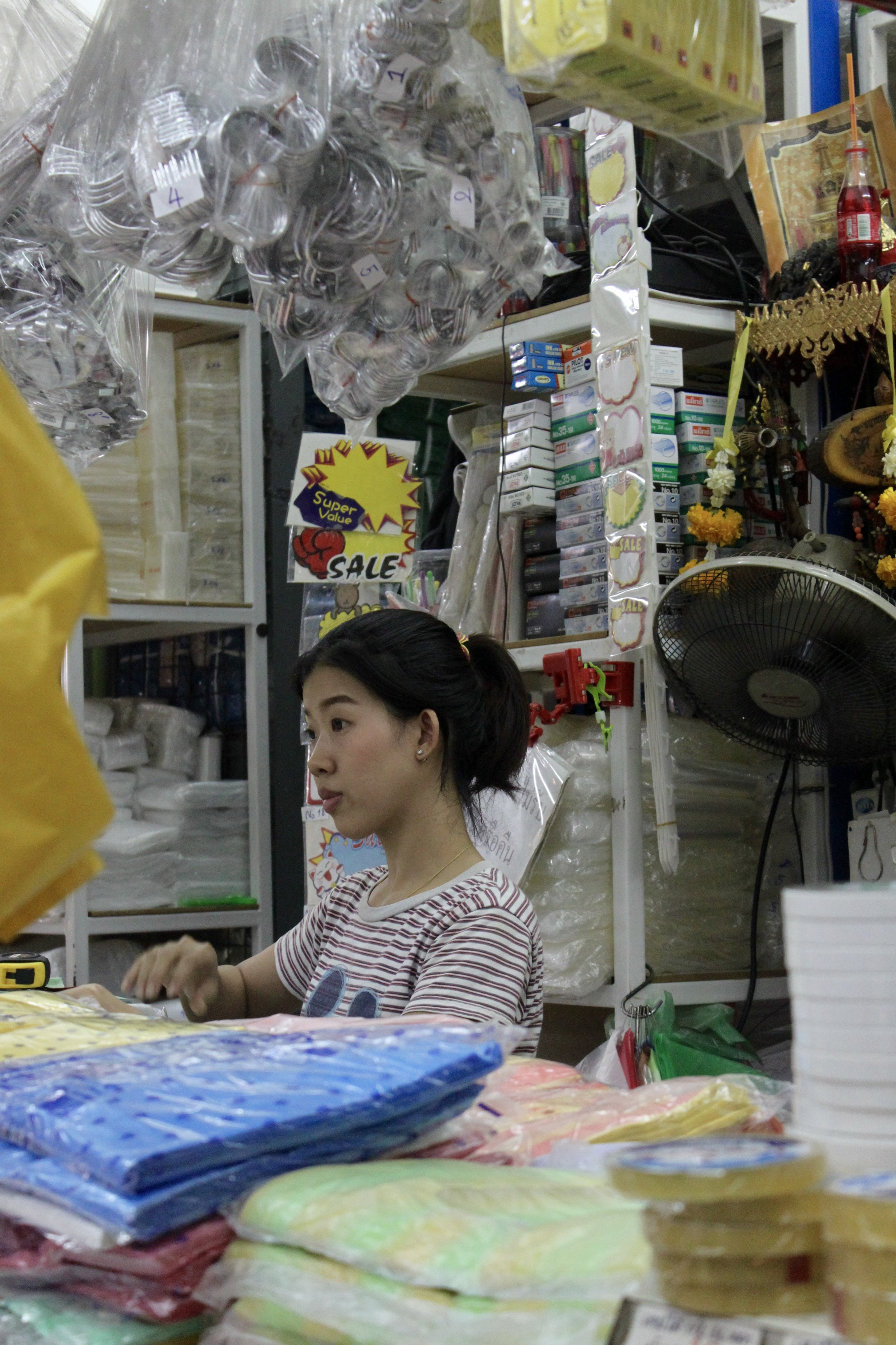 Store vendor,  Chatuchak weekend market