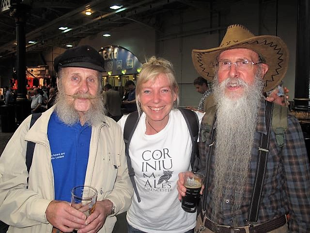 Lucy auditions for ZZ Top at the 2013 Great British Beer Festival!