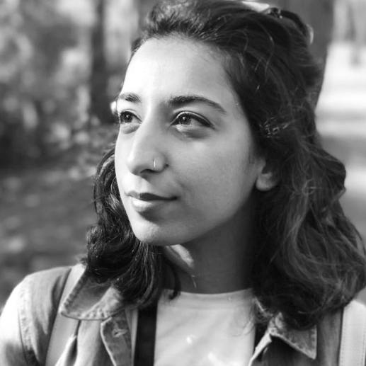 Tay Aziz  Tay, is a passionate science communicator, presenter and aspiring filmmaker from UK. She is junior researcher BBC  #naturalworld , regular presenter on the podcast 'Inside the Petri Dish' and co-director  @STEMinist .