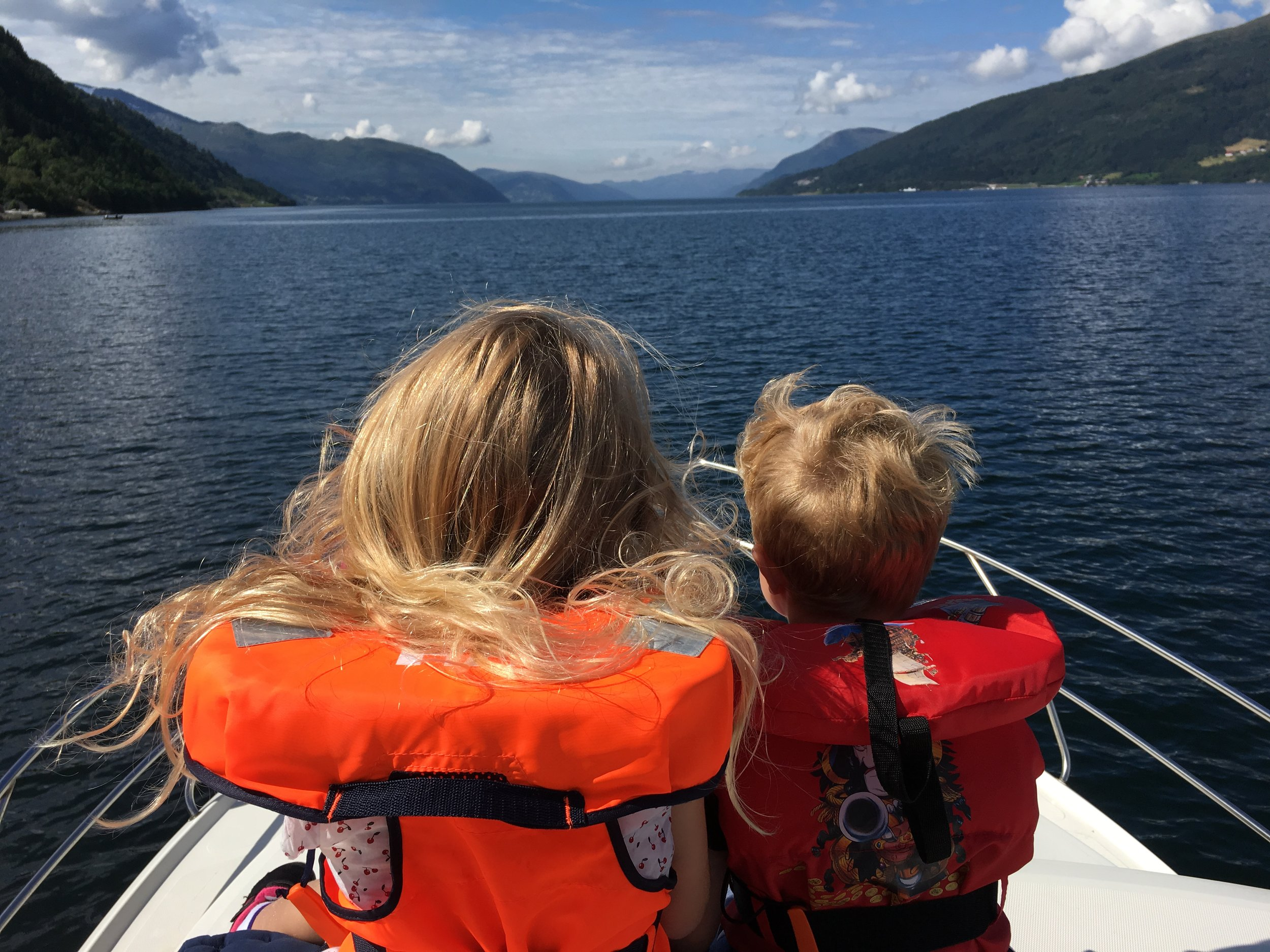Boat trip at Eidsfjorden