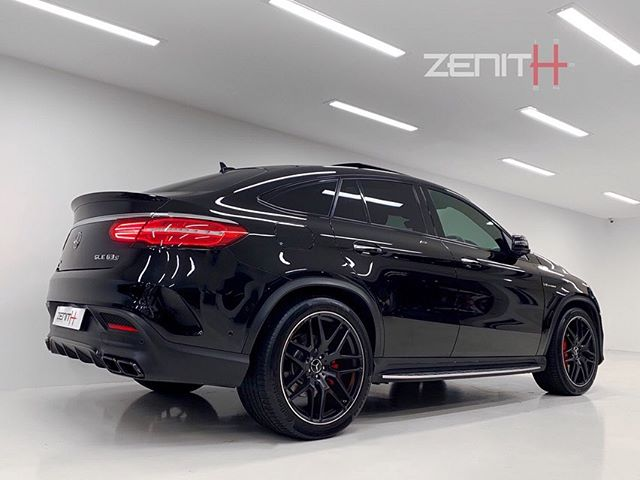 Our GLE63-S is believed to be the only one of its kind in the U.K.  Equipped with every possible factory option listing at £110,500.  Thanks to the AMG Drivers Package this 585hp tank is de-limited to 175mph and equipped with a factory upgraded exhaust 🚀  Contact #ZenithPerformance