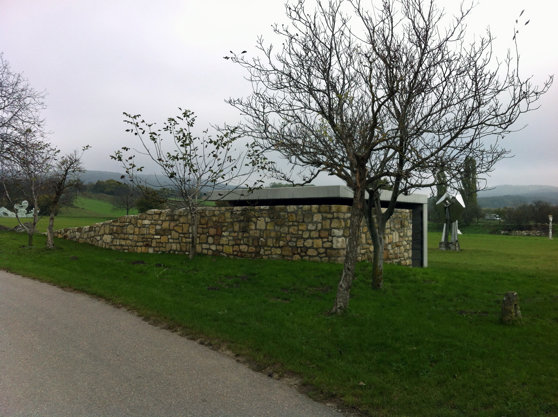 gaupenraub_mausoleum-01_aussen.jpg
