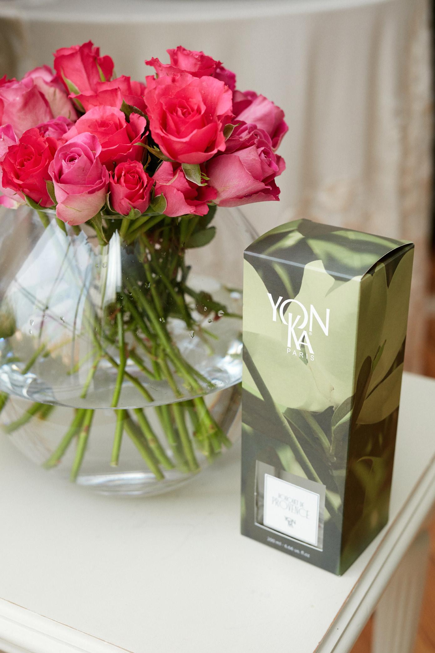 Yonka Christmas Gift Holly White natural diffuser