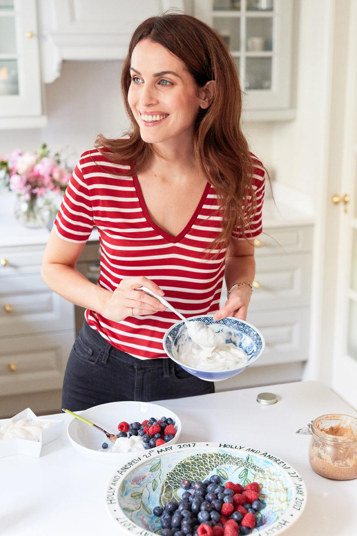 How to make coconut yogurt with fresh cocount