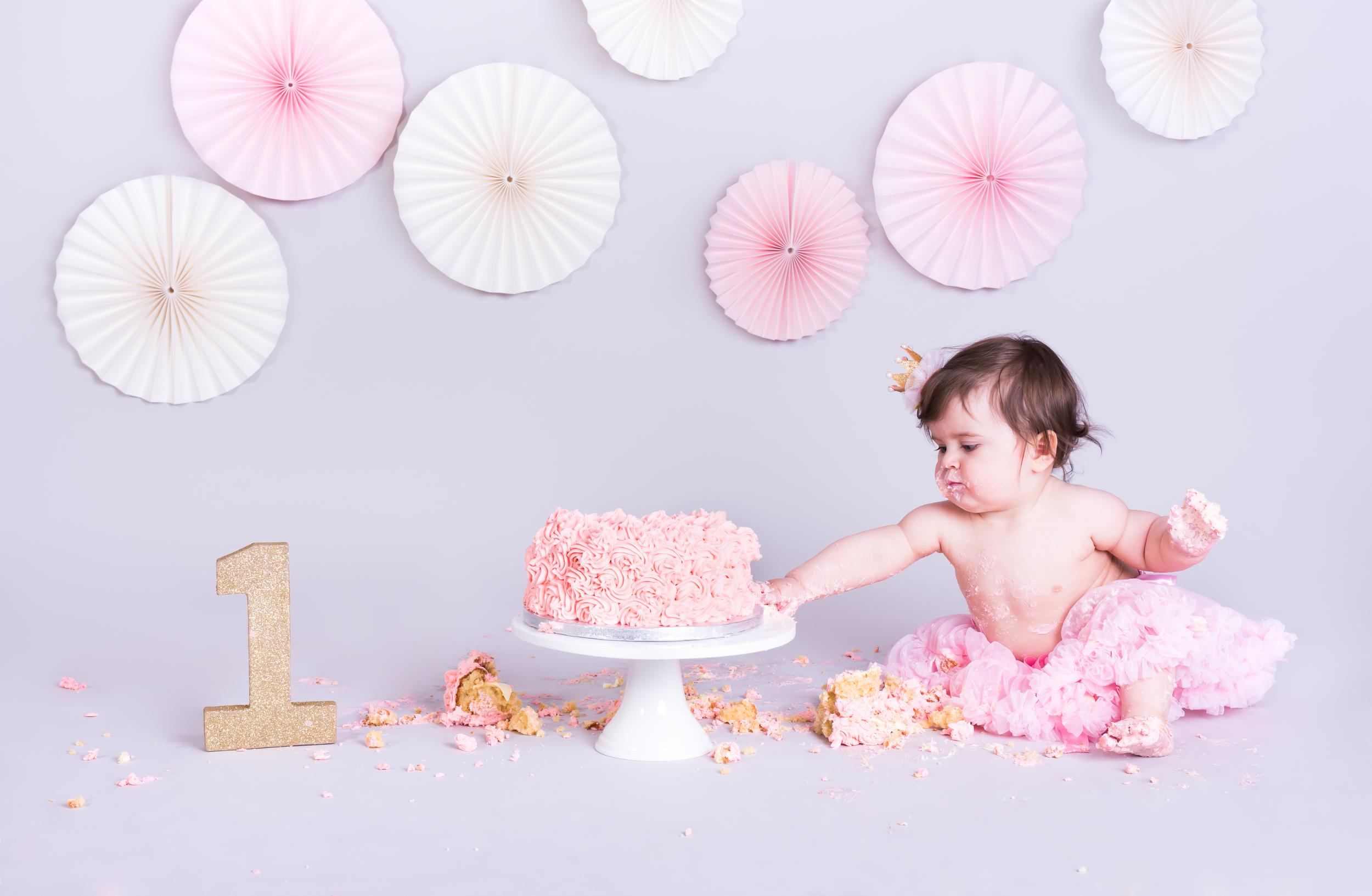 Baby portraits essex, baby portraits benfleet essex, baby portraits chelmsford essex, baby portraits southend essex, cake smash photography benfleet, cake smash photography essex