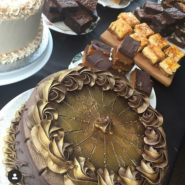 Handcrafted cakes, cheesecakes, traybakes, and more, from the amazing @bakeempire  #victoriaparkmarket #victoriapark #londonmarkets #eastlondon #bakery #londonfood
