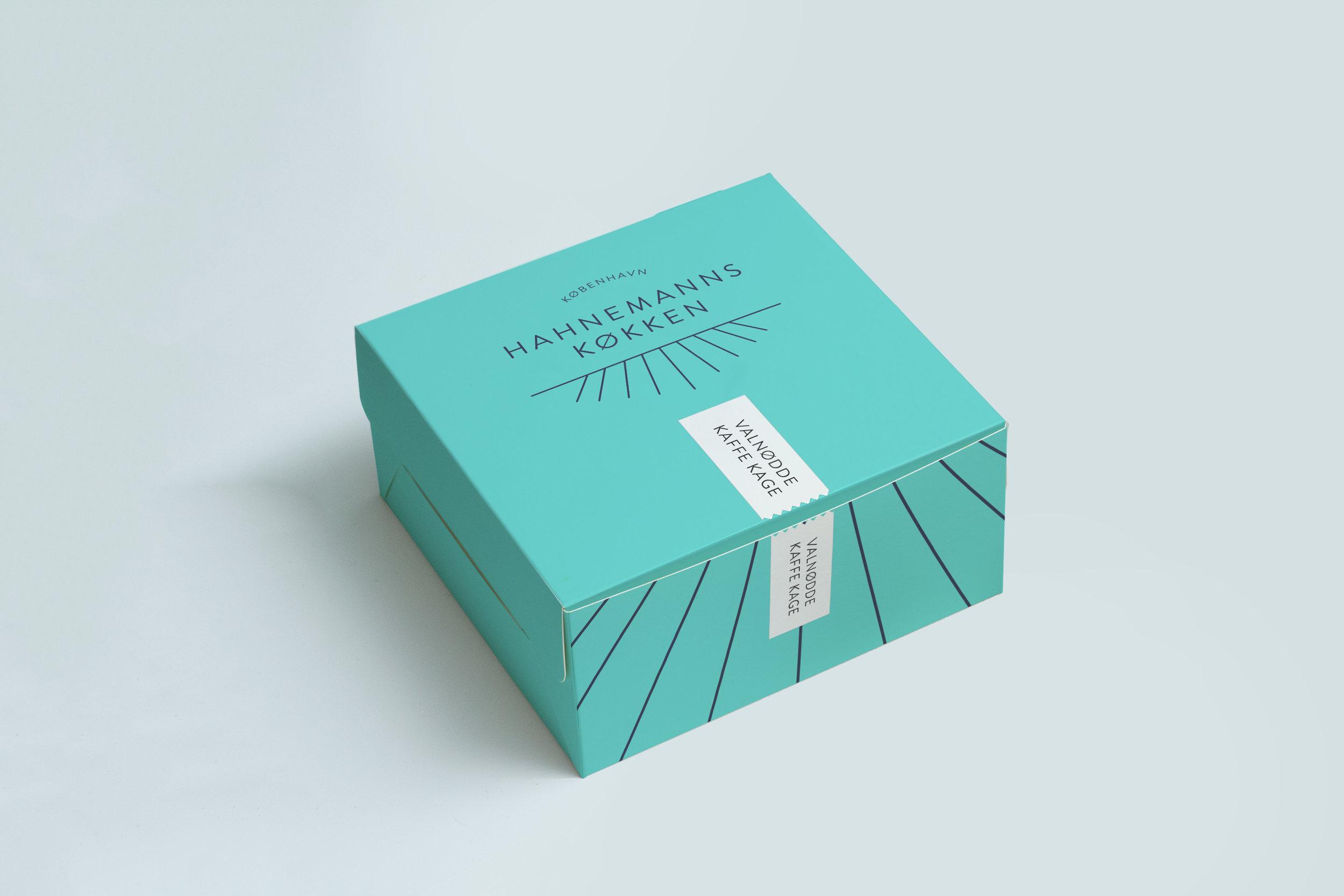 Cake Box Mockup 2.jpg