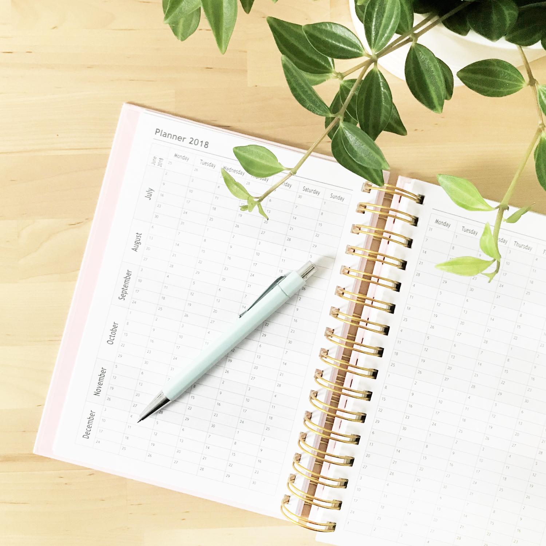How I stay organised in my creative business - Bea & Bloom Creative Design Studio