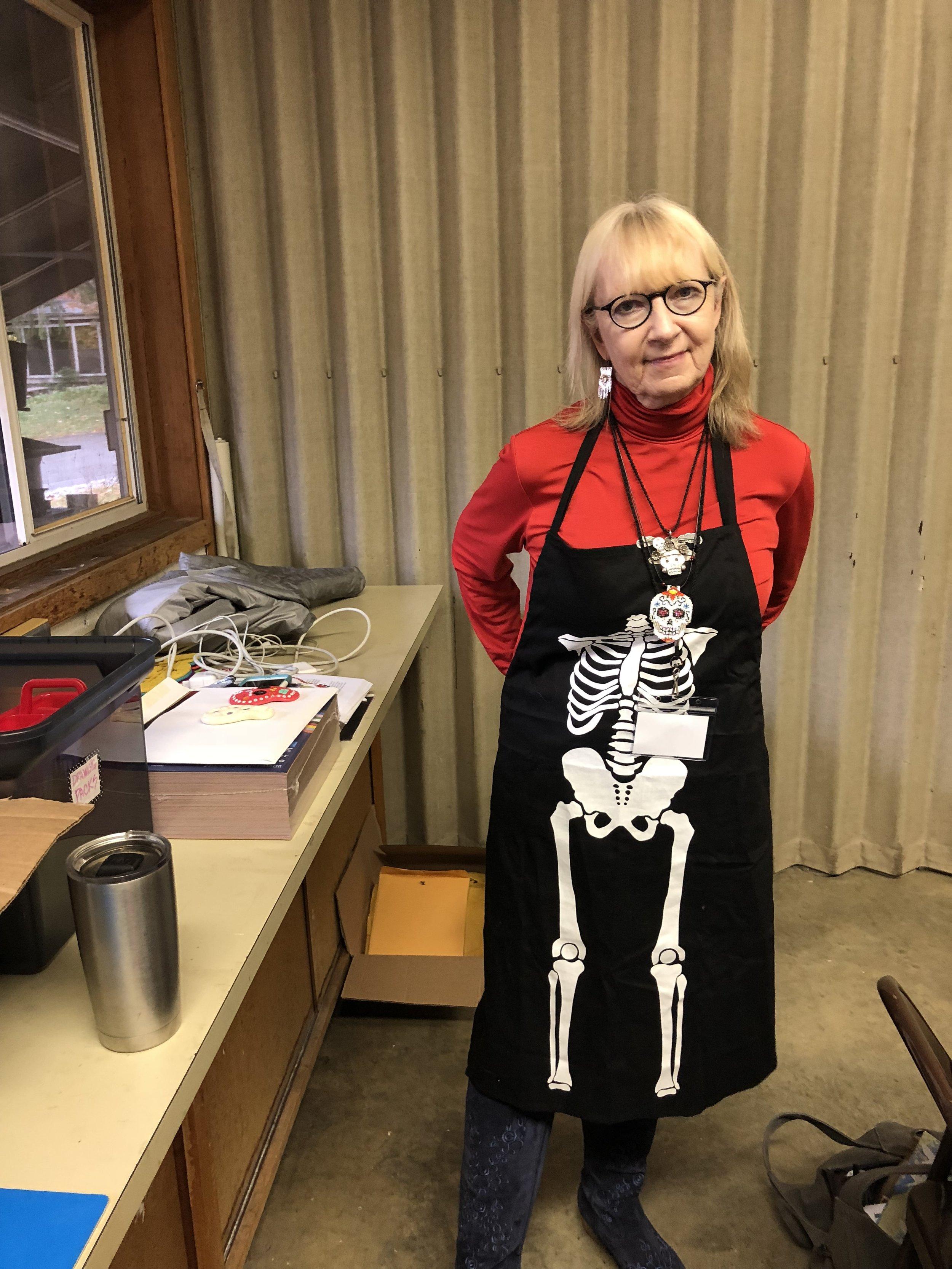 Workshops_Nancy Walkup Presenting a Day of the Dead Workshop.JPG