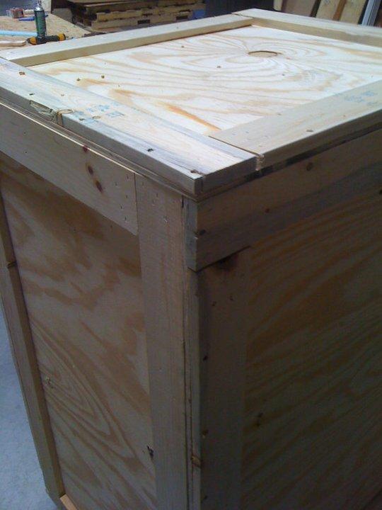 nv0012_crate_up_close.jpg