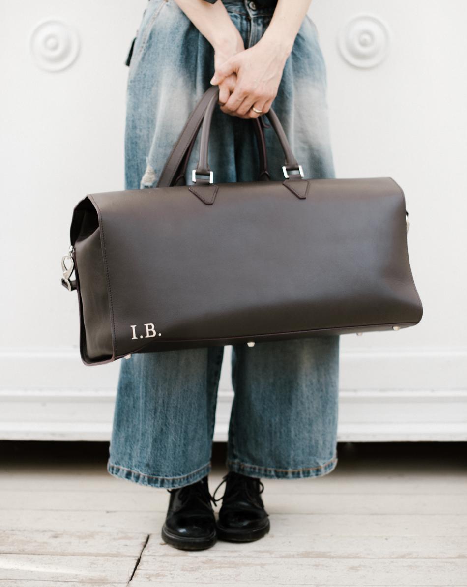 La mia valigia da finesettimana: è una borsa di  Masel  che ho personalizzato con le mie cifre e scegliendo il tessuto interno.
