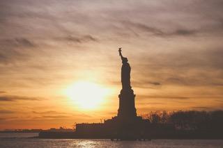 statue-of-liberty-1210001_1920.jpeg