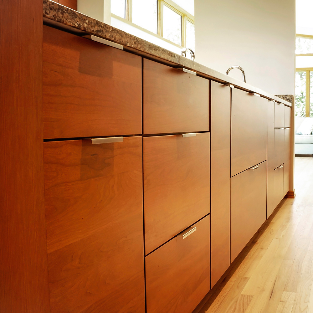 Full-Height Pantry Kitchen Cabinets