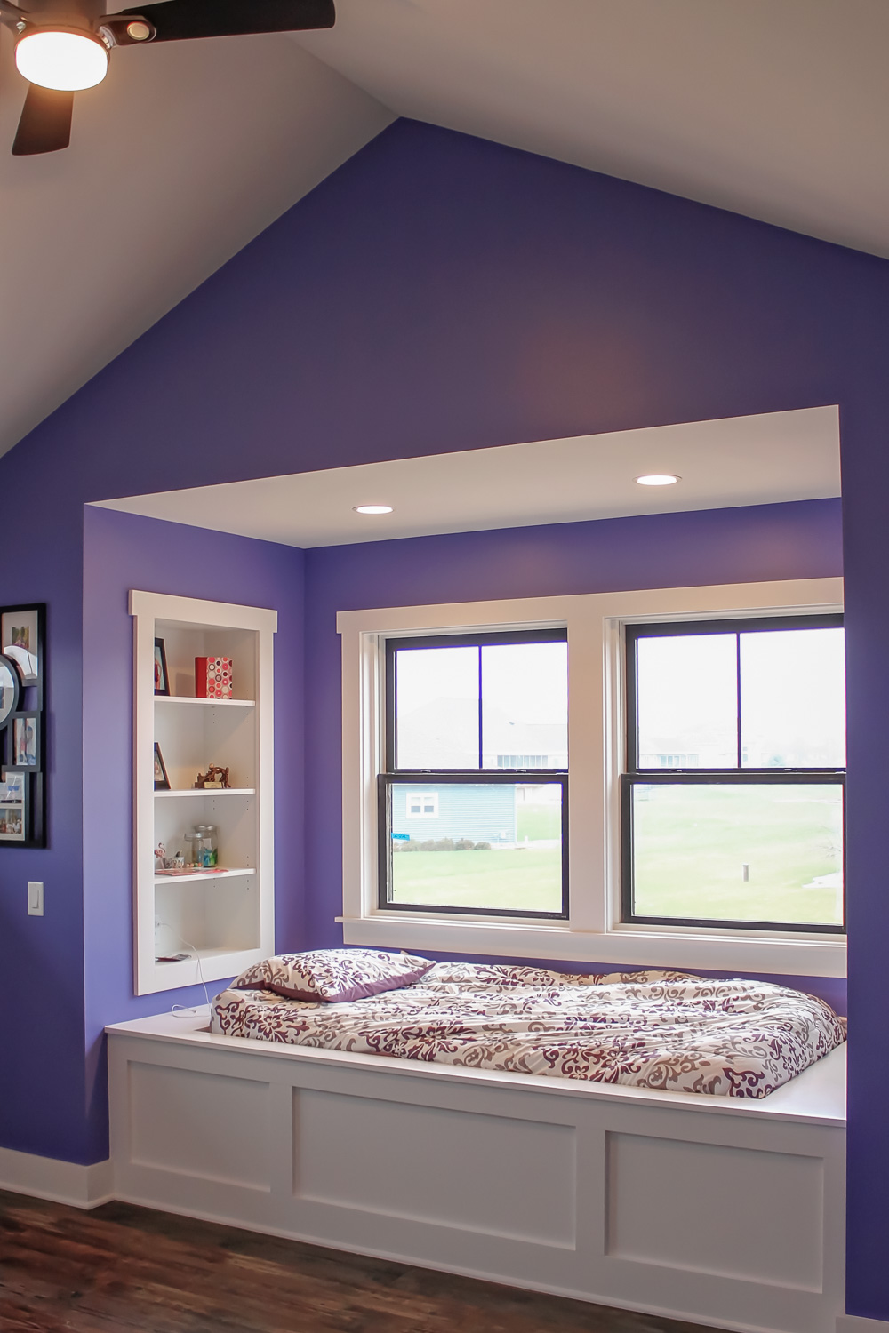 Purple Wall Paint for a Child's Bedroom