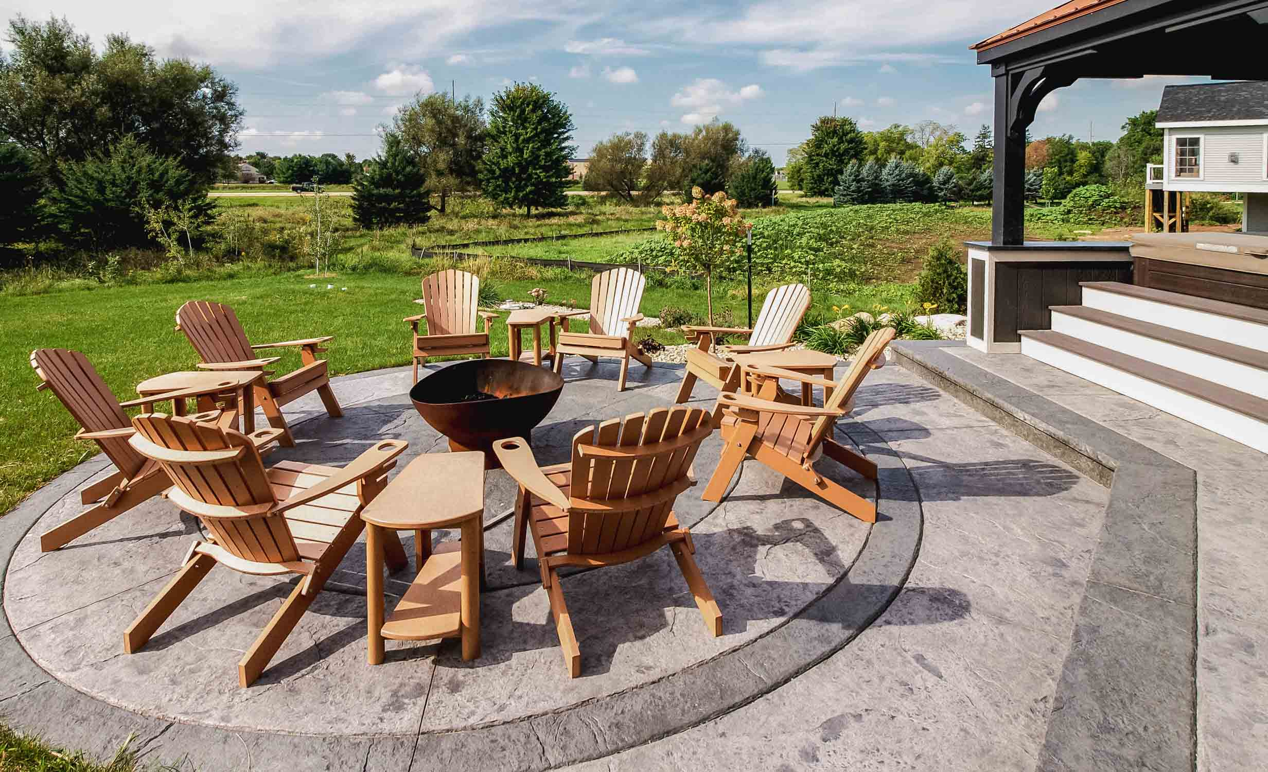 Patio Firepit with Adirondak Chairs