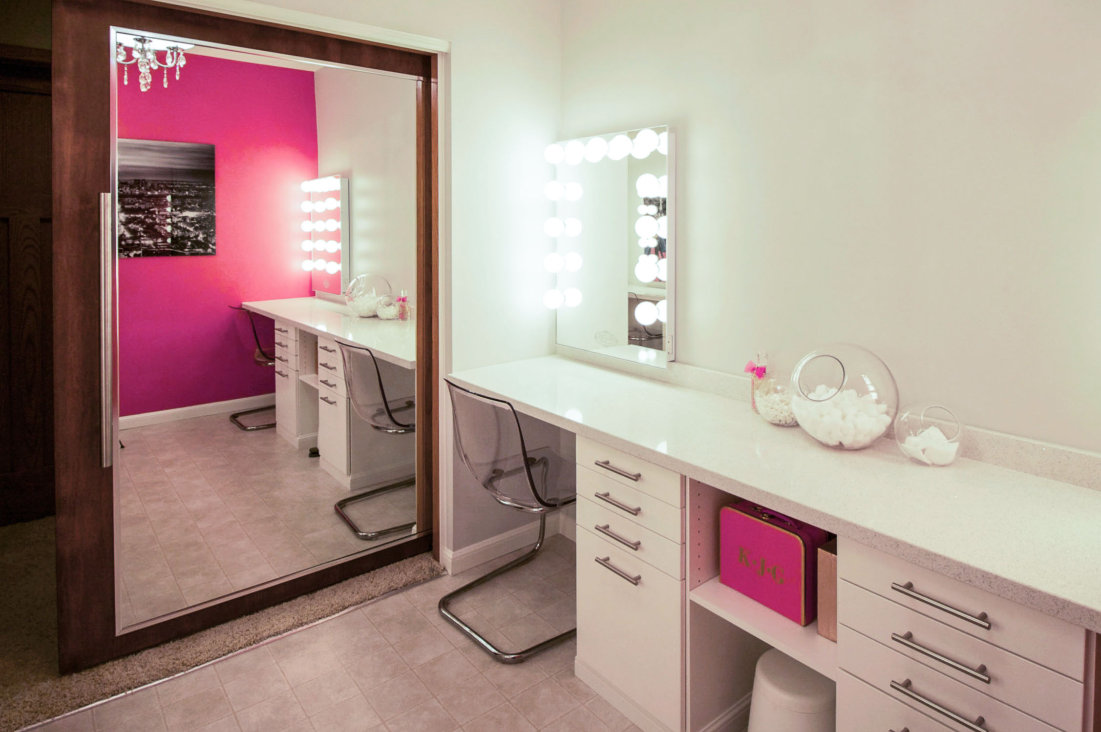Glitzy Glamour Room