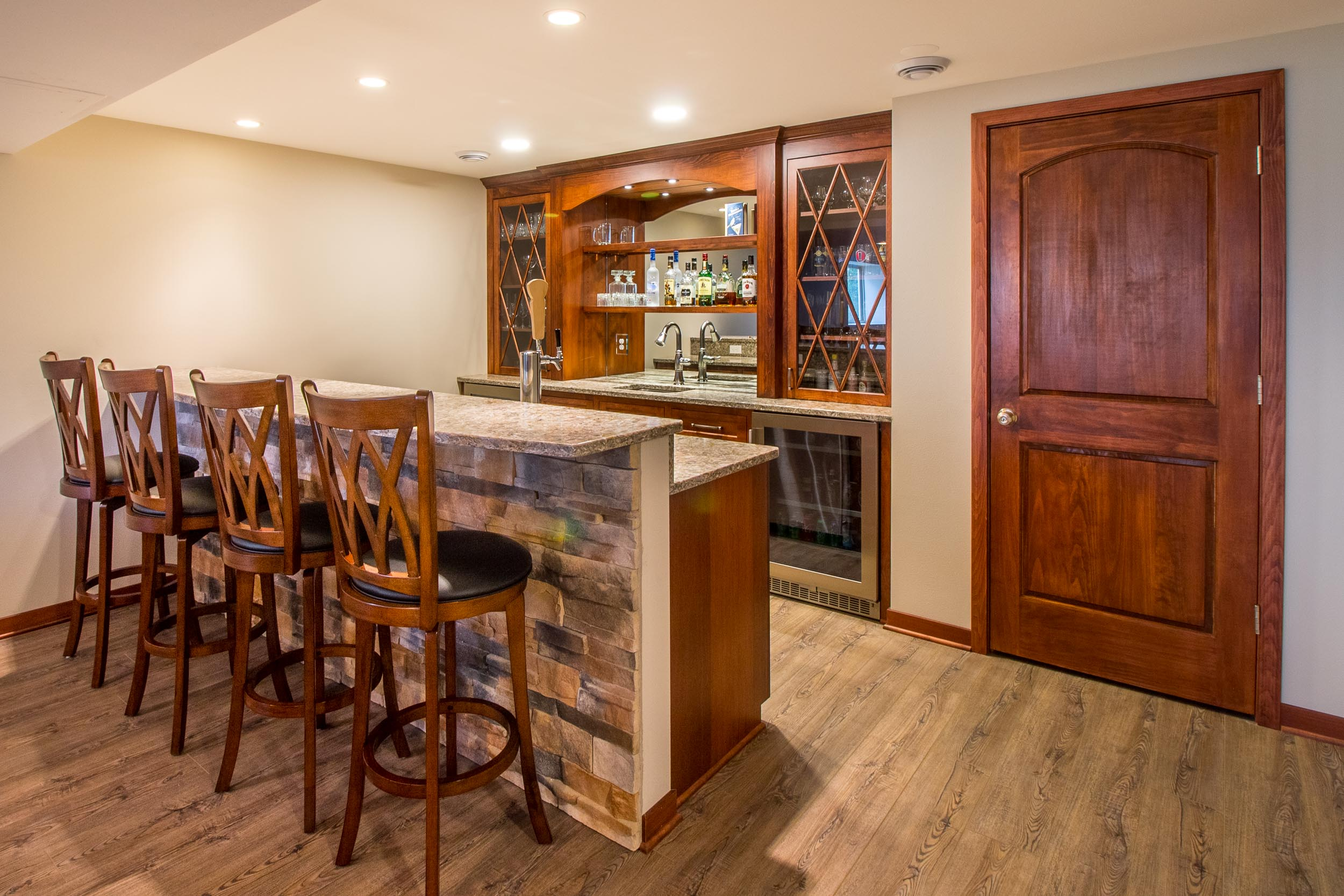 Finished Basement With a Wet Bar