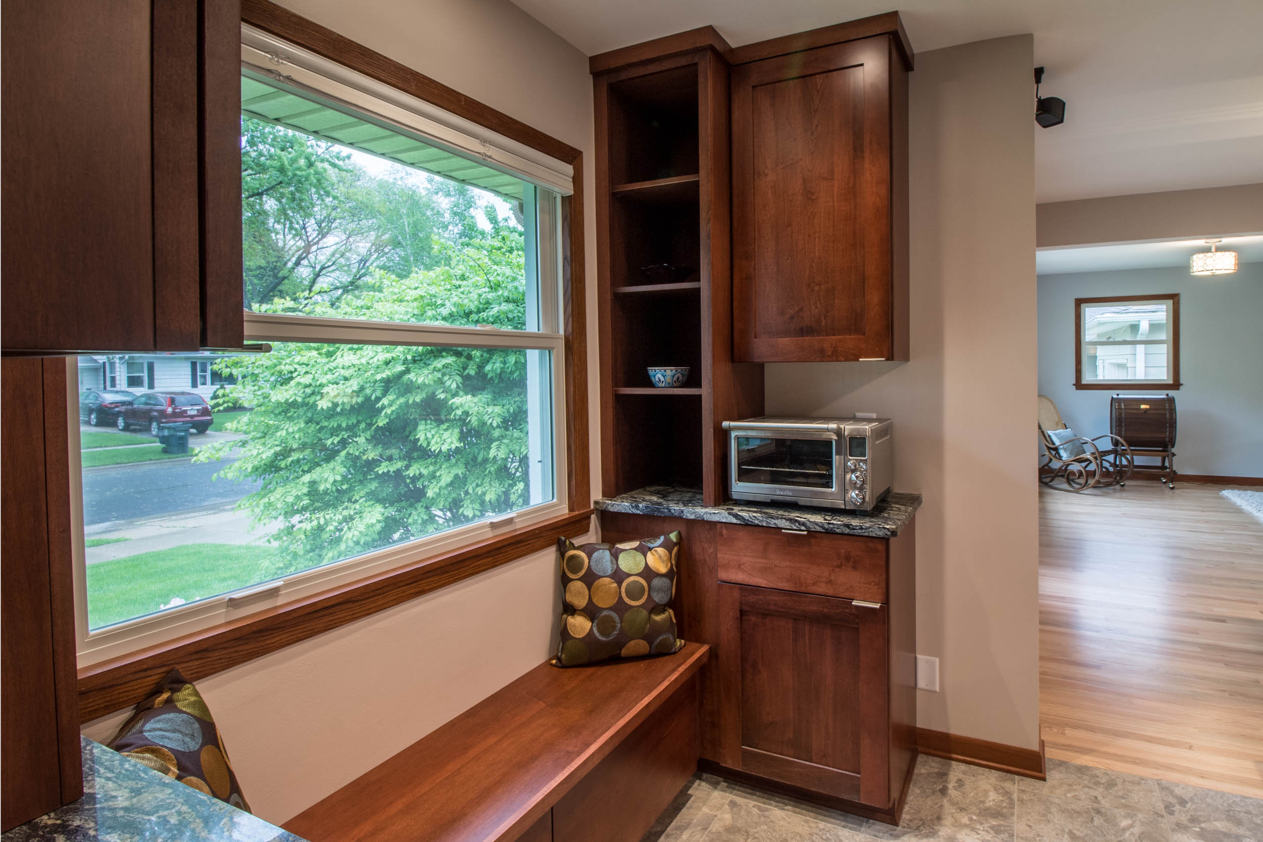 Built-in book Shelves and Seating Midvale heights Madison Wisconsin