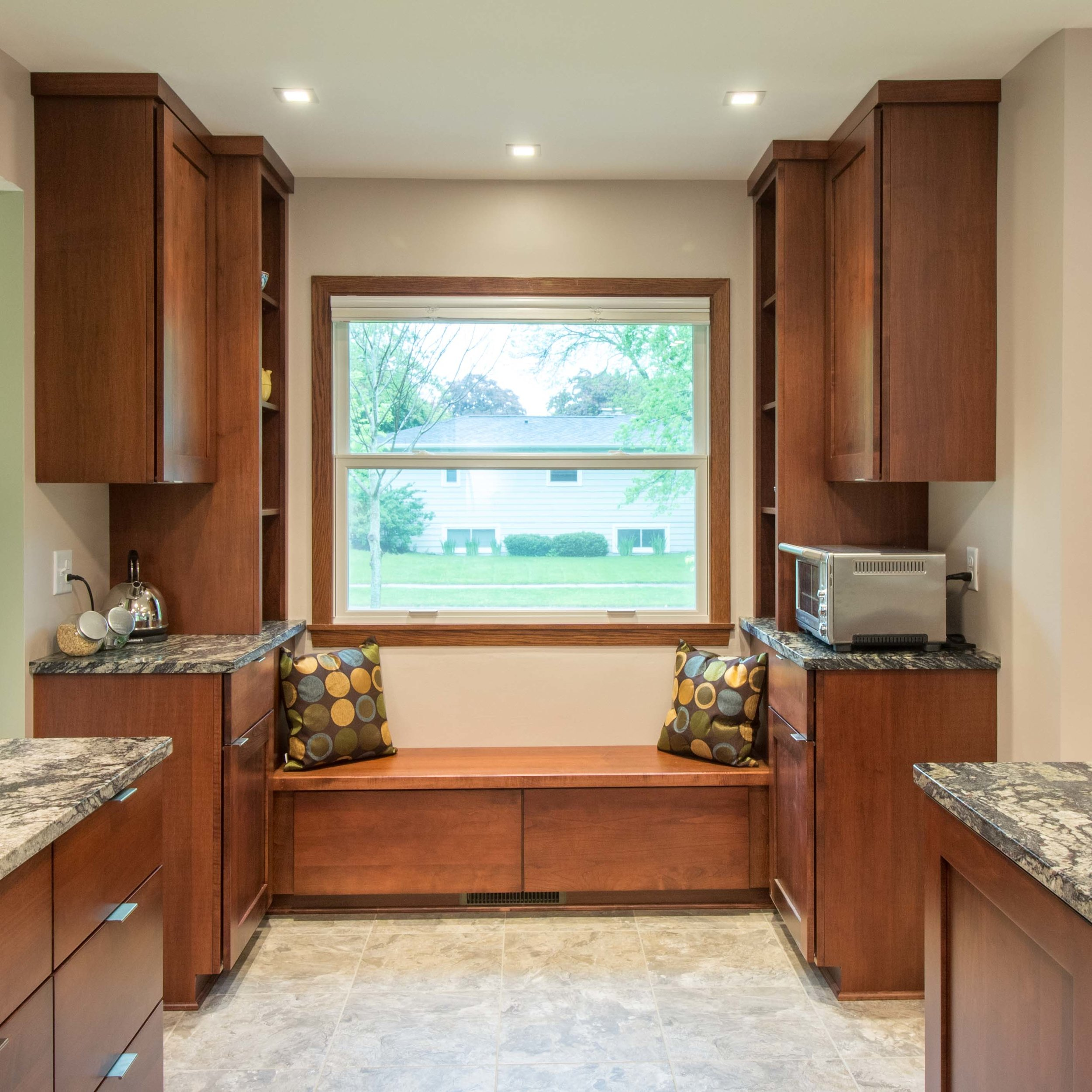 Custom Woodworking and cabinetry Built-In Seating Midvale heights Madison Wisconsin