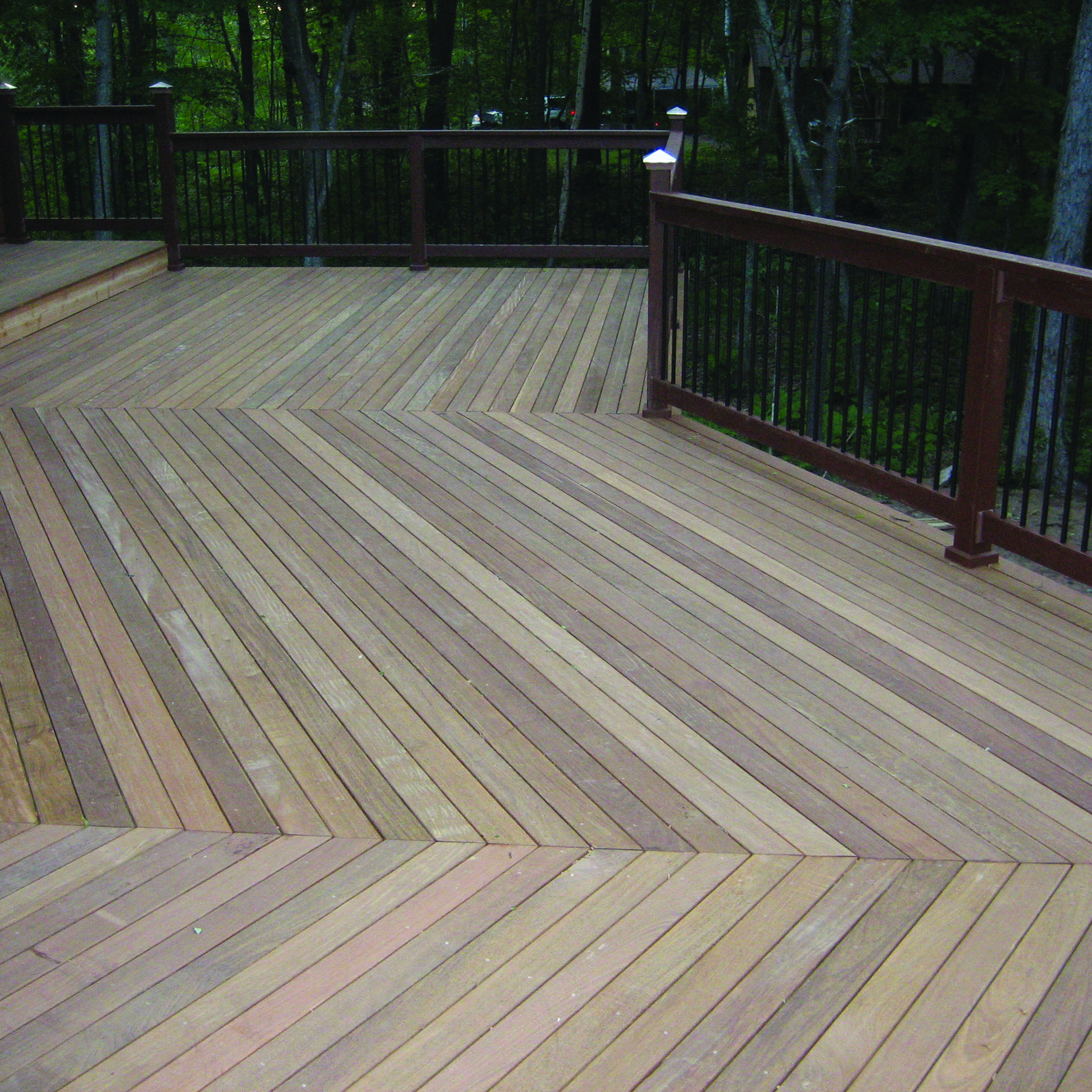 Ipe Decking - Ipe tends to have a cool, grey color as it ages.