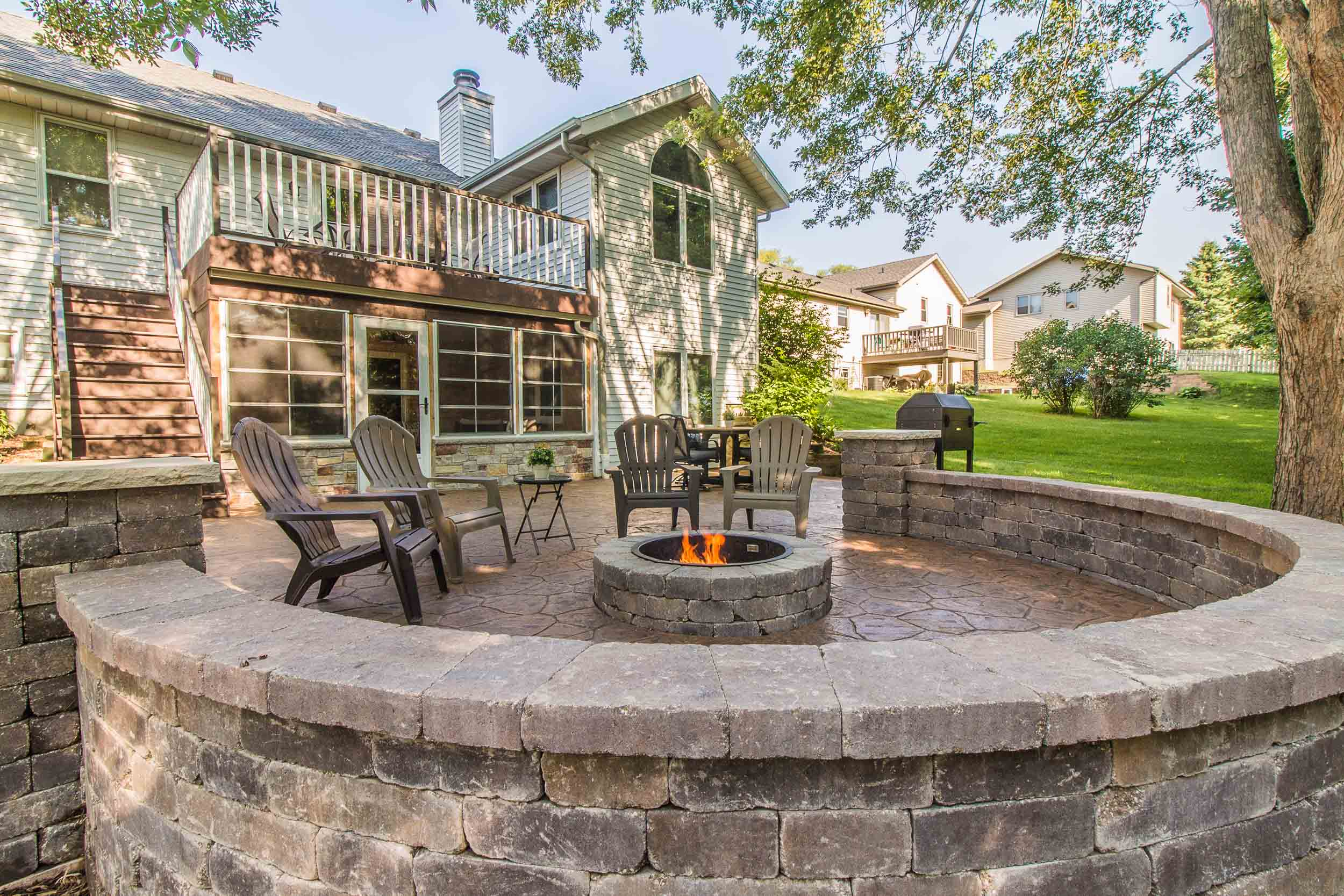Outdoor Living Patio Design and Fire Pit DeForest, Wisconsin