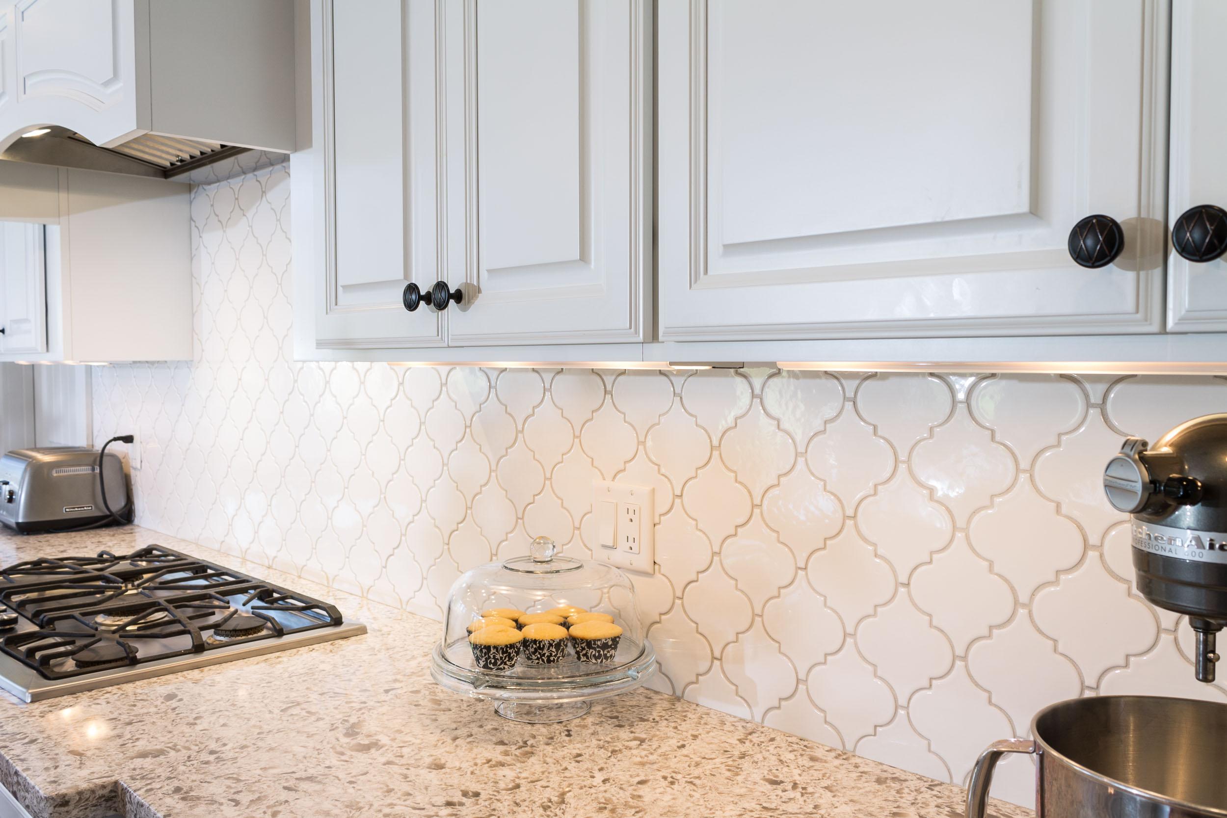 Choosing Grout Color For Kitchen and Bathroom Tile Design — Degnan ...