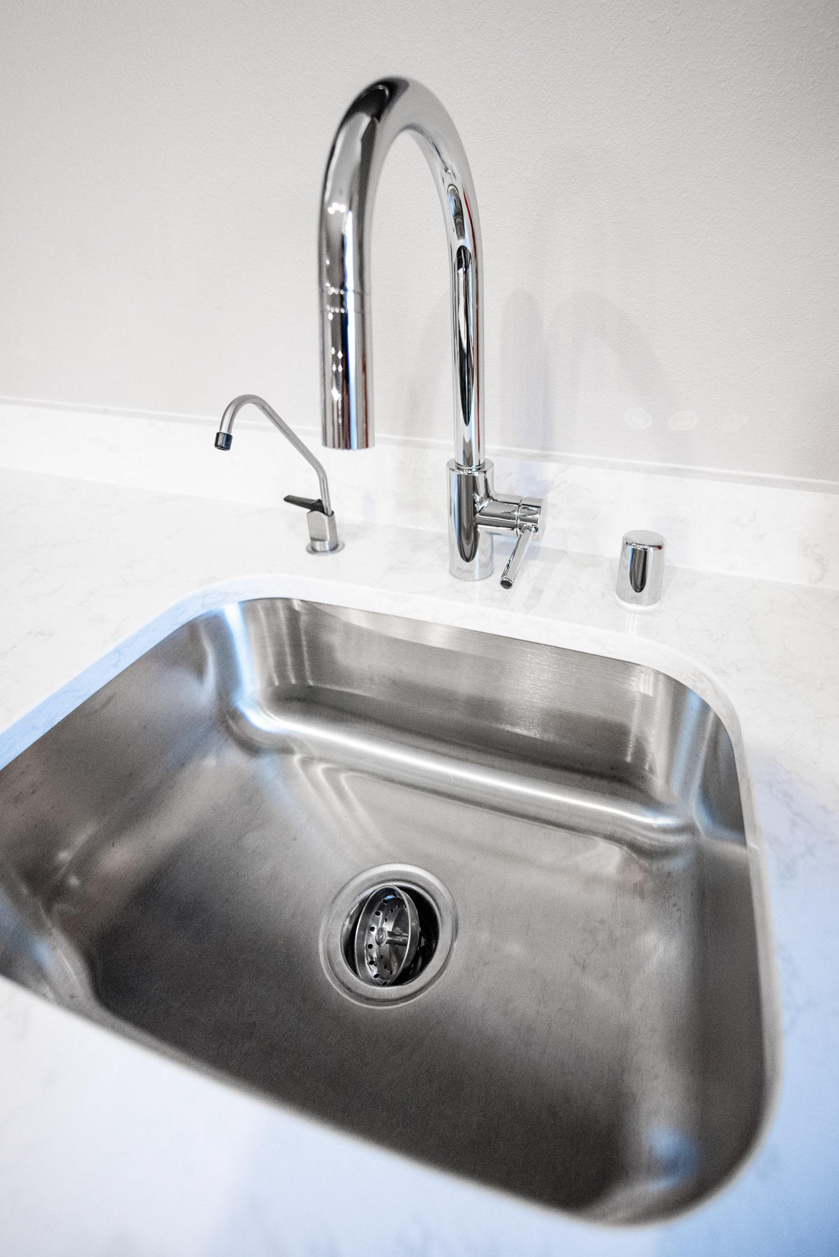 Proflo single bowl undermount Bar Sink