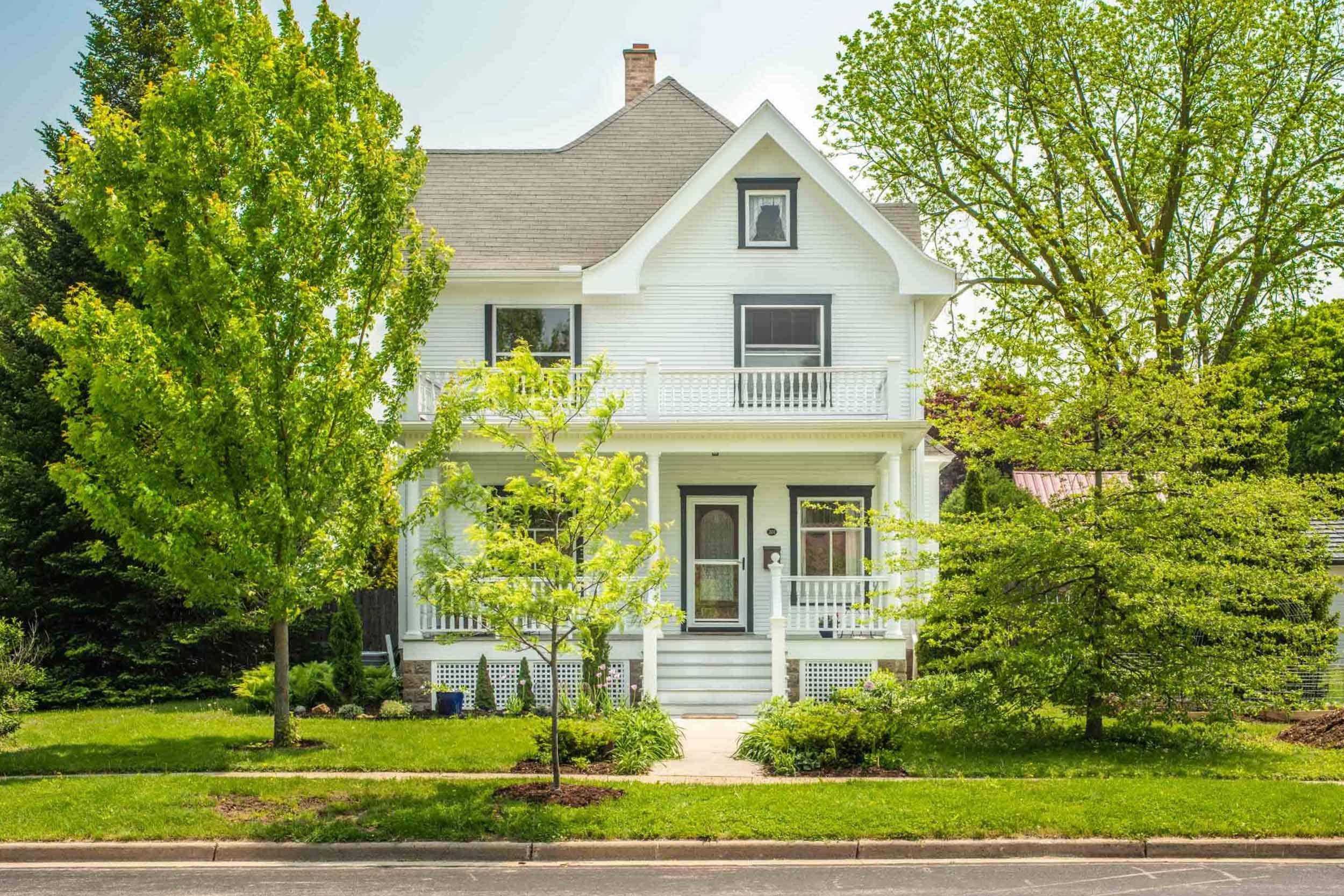 Historic-Victorian-Porch-Recreation-Madison-Wisconsin.jpg