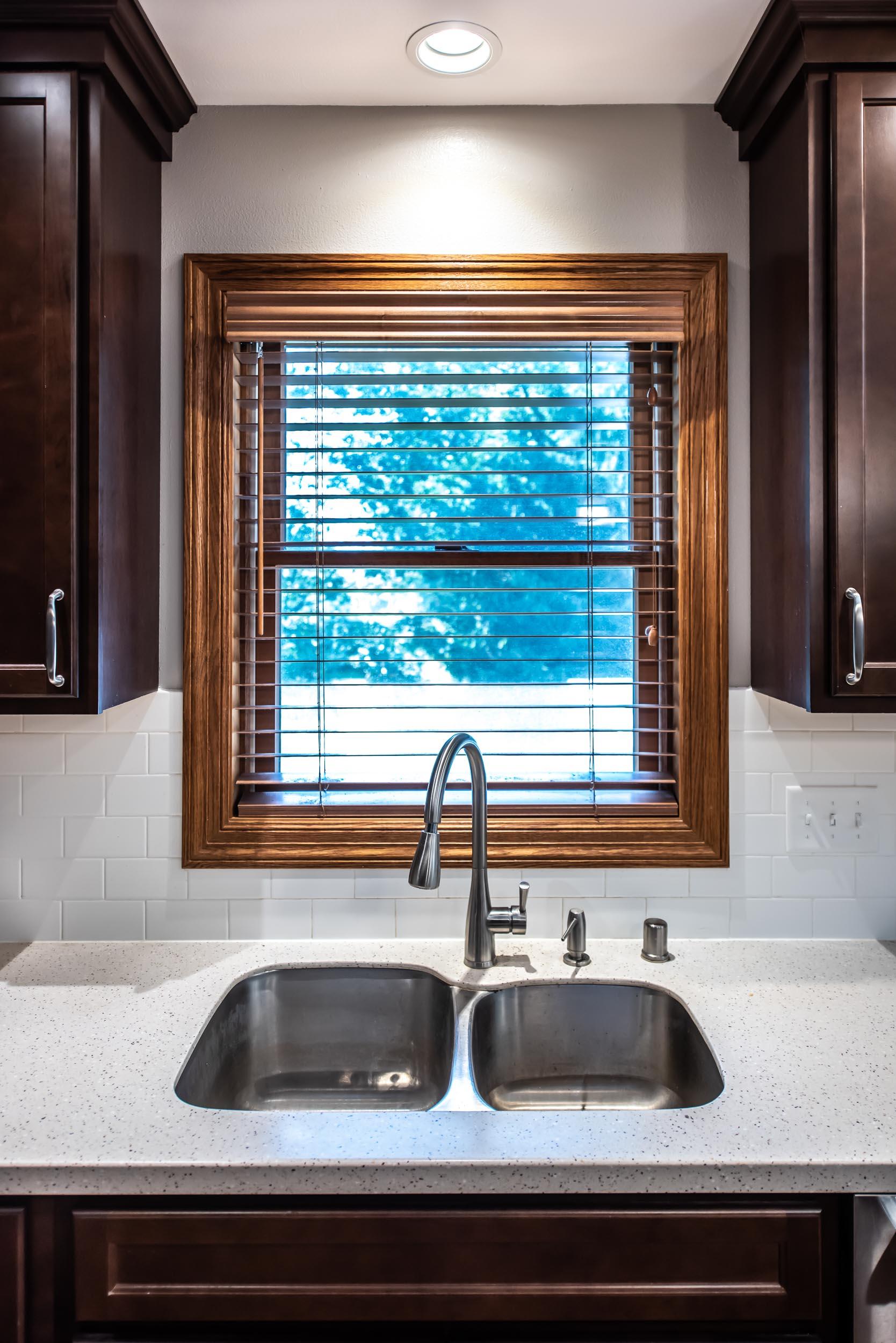 Mirabelle Undermount Double Bowl Stainless Steel Kitchen Sink with Mirabelle Calverton Pull-Down Kitchen Faucet