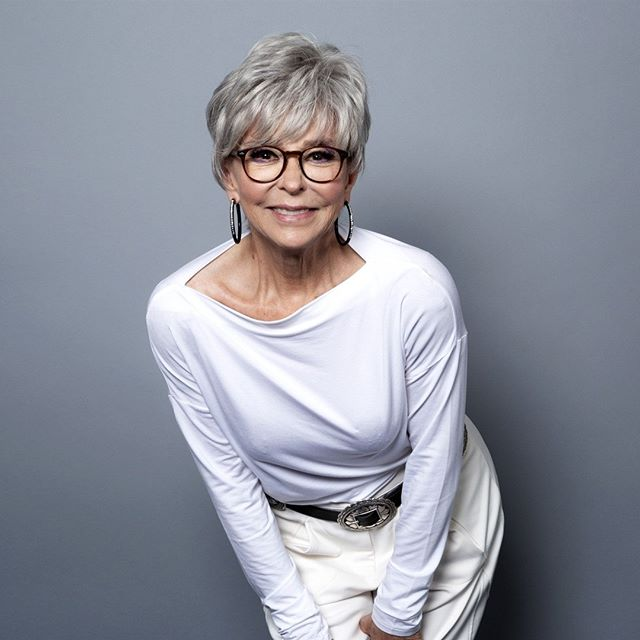 Rita Moreno was the first Latina actor to win an Oscar, and one of the few people to ever win all four major American entertainment awards: an Oscar, an Emmy, a Grammy and a Tony. #HispanicHeritageMonth ⠀⠀⠀⠀⠀⠀⠀⠀⠀⠀⠀⠀ Photo credit: Willy Sanjuan / Invision / AP file ⠀⠀⠀⠀⠀⠀⠀⠀⠀⠀⠀⠀ ⠀⠀⠀⠀⠀⠀⠀⠀⠀⠀⠀⠀ ⠀⠀⠀⠀⠀⠀⠀⠀⠀⠀⠀⠀ #ritamoreno #weekendvibes #womeninleadership #diversity #inclusion #equality #equity #womenempowerment #successmindset #inspiration #socialimpact #motivationalquotes #dreambig #failure #youcandoit #perseverance #socialgood #socent #dogood #empowerment #oscar #grammy #emmy #quotesaboutlife #actress #Latina #Latinxleaders #legacyleader #inspirationalquotes