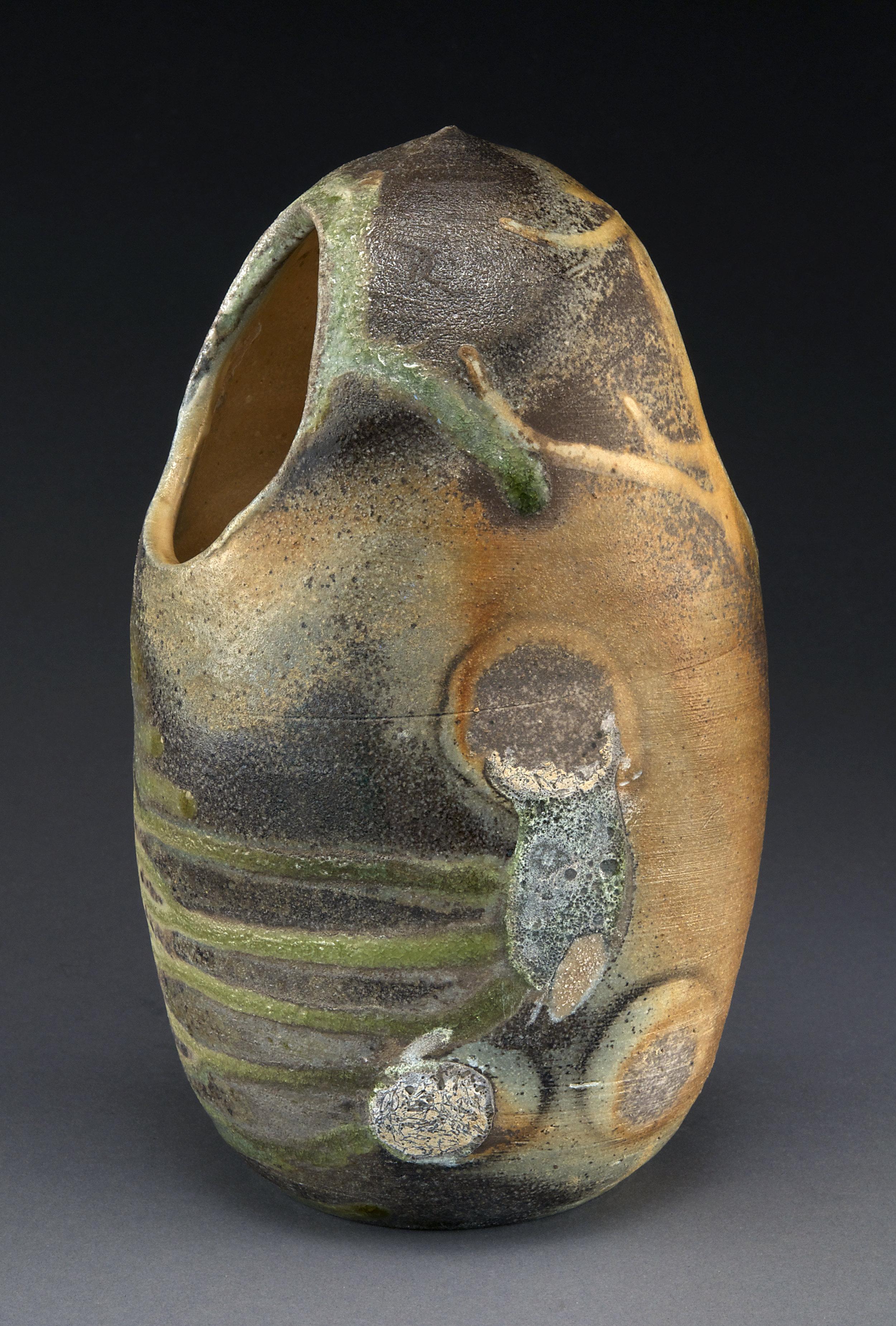 Egg-form vase JPEG-b.jpg
