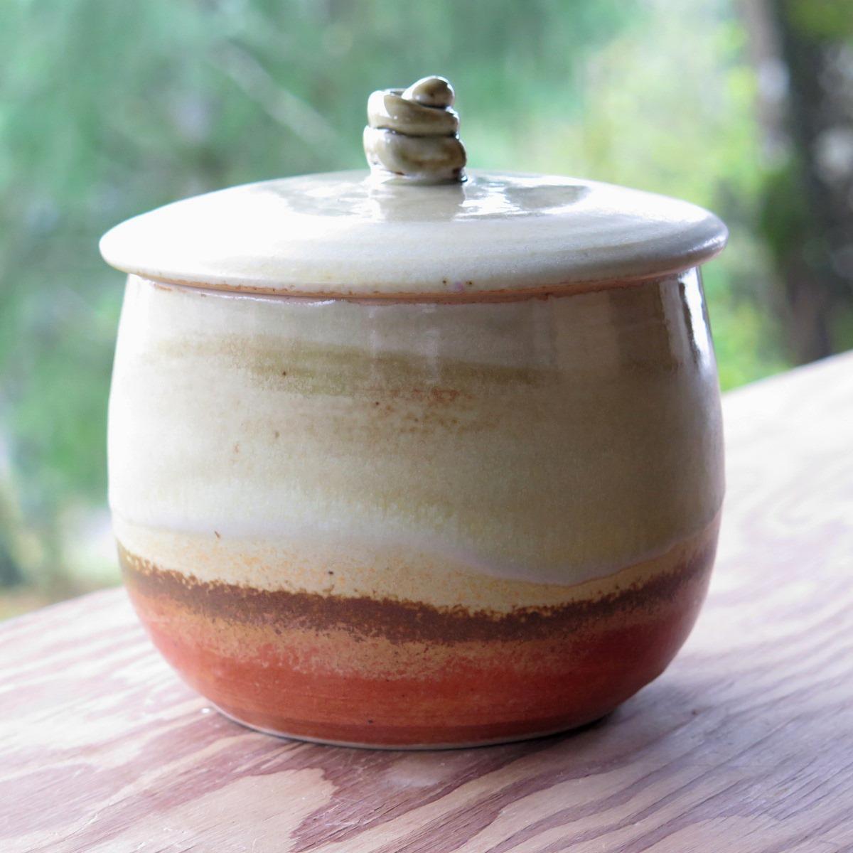 Cov jar with shino and tan-ash glazes-3.jpg