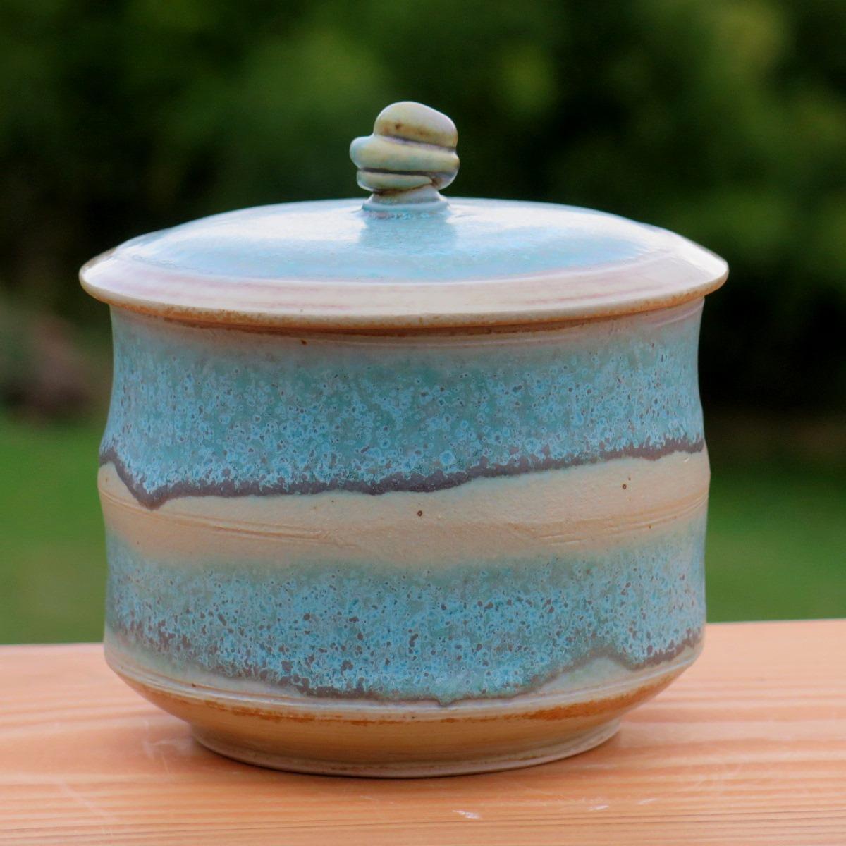 Cov jar with turq-1.jpg