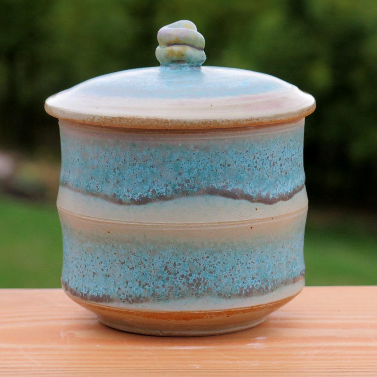 Cov jar with turq-2.jpg