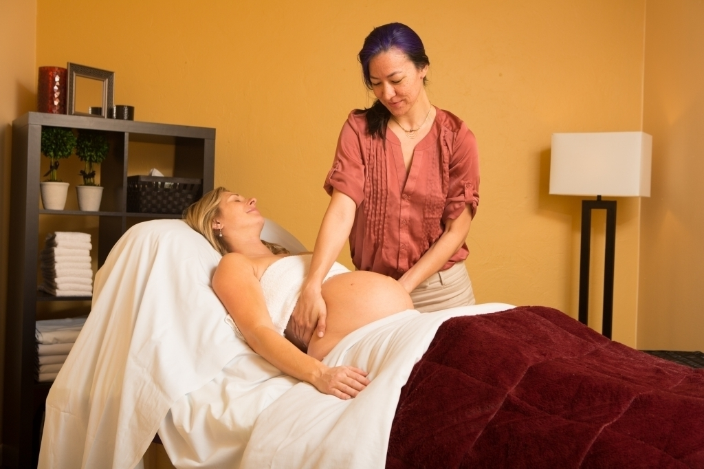services-pregnancy-massage-pillow-placement-pregnancy-massage-pillow-placement.jpg