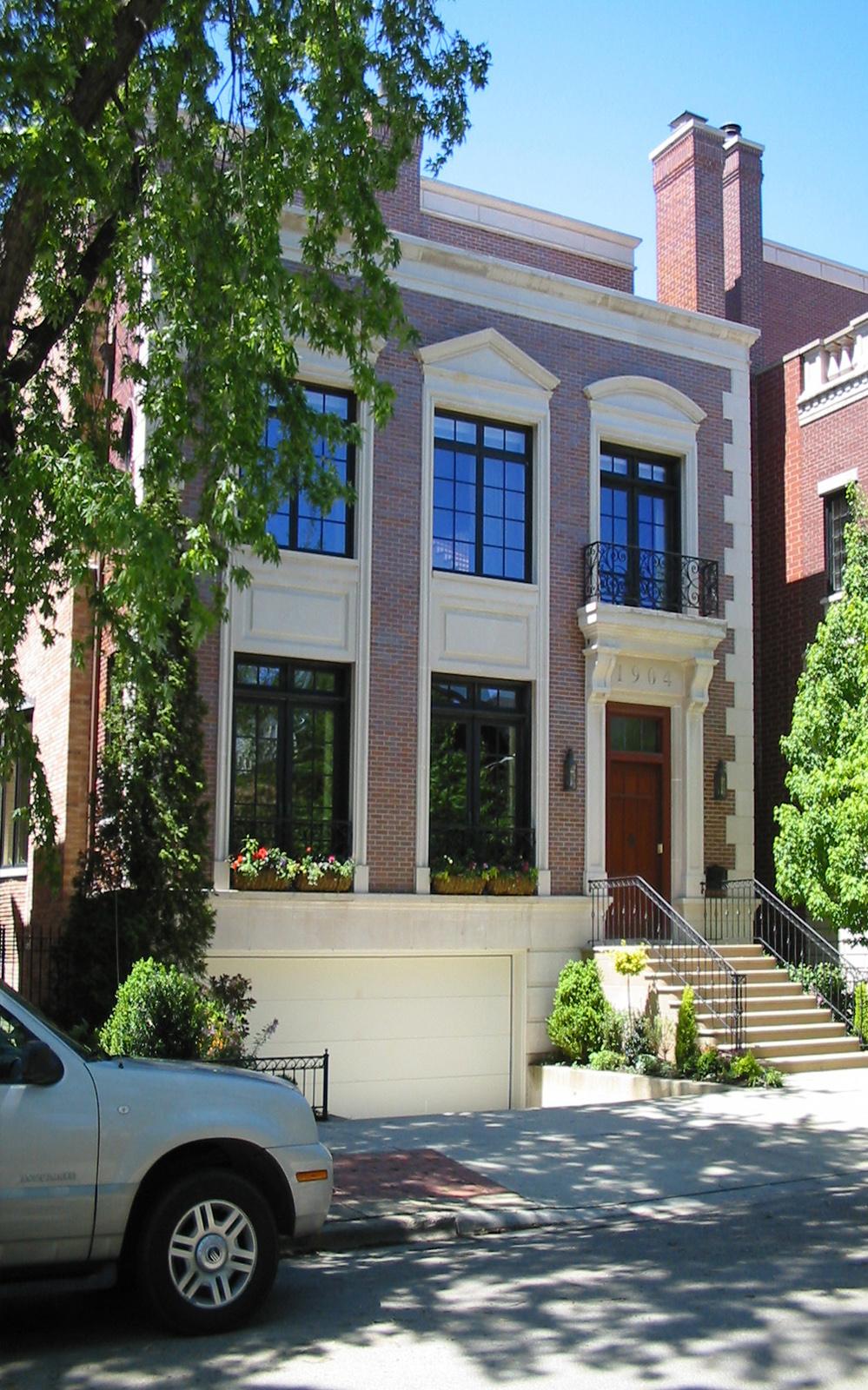 Lincoln Park Residence