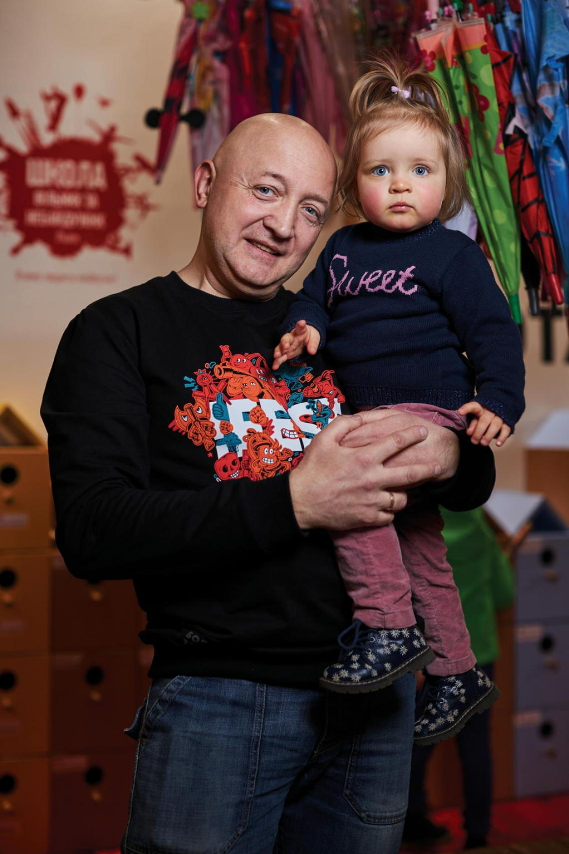 "Oles Pohranychnyi, a private school director in Lviv, once believed the misconceptions surrounding vaccines – he and his wife decided not to vaccinate their three daughters. Increased risk of measles and other illnesses in Ukraine, such as tetanus and diphtheria, made them change their minds. ""The National Education System should... give people confidence in vaccination and health services in general,"" Oles says, holding his daughter. He now organizes UNICEF-supported vaccination training for parents and arranges inoculations for staff."