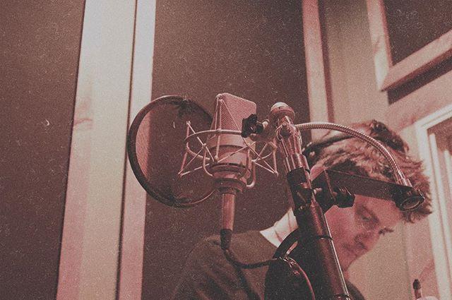 MO Kelly in the vocal booth. 4/10/17. #doinwork #vocalbooth #nadarecording #starpupilmusic #kingstonny #boneshakerrecords