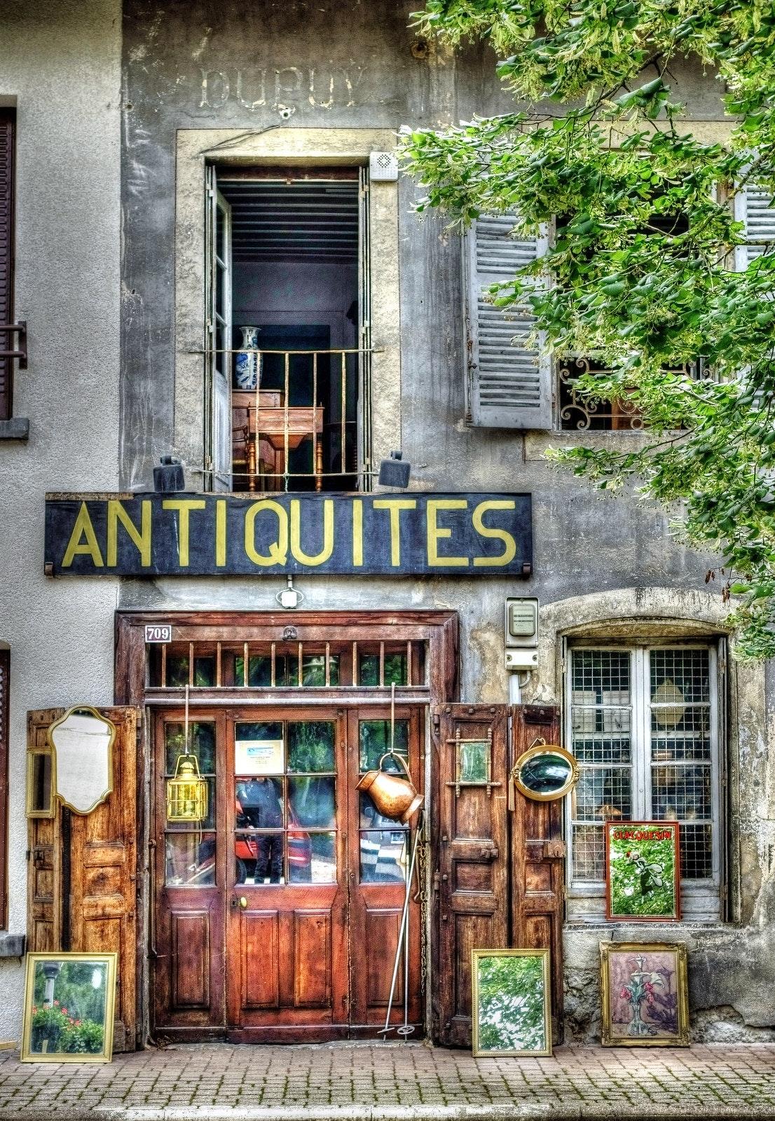 antiquites.jpg