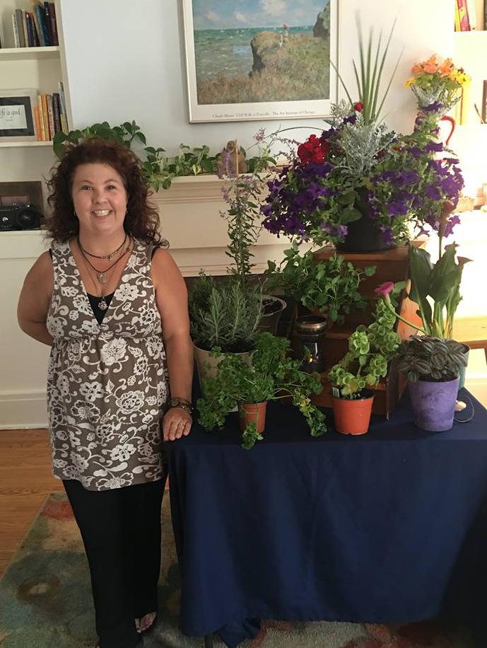 Paula-D-Amico-Santosha-Plants-Healthy-Lifestyle.jpg